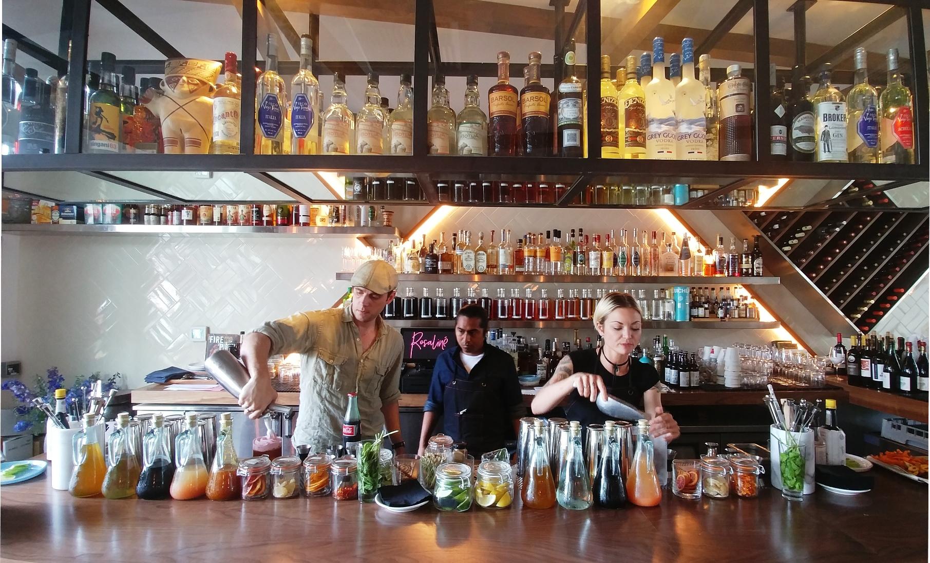 Rosaliné bartenders by Caroline Pardilla