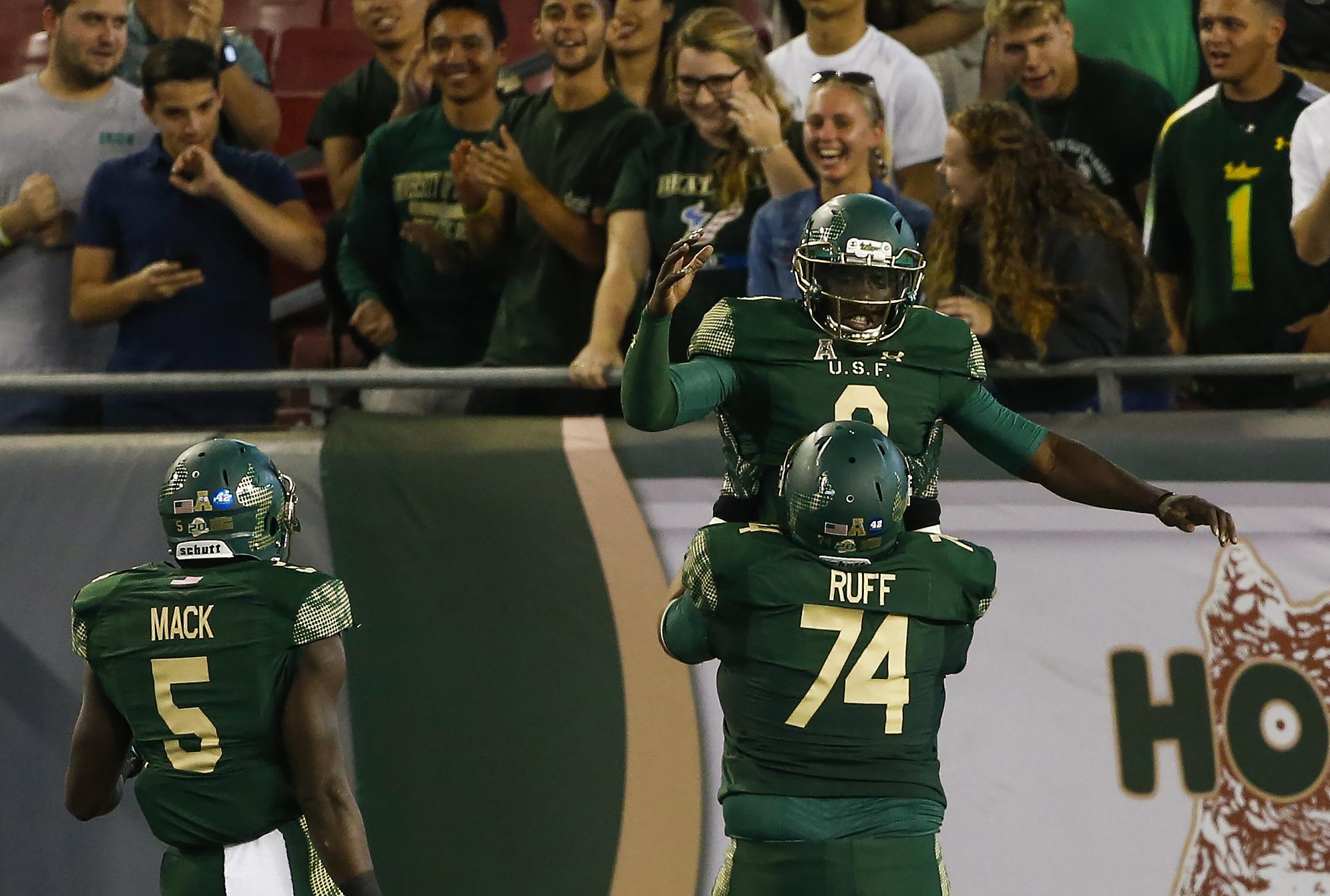 NCAA Football: Navy at South Florida