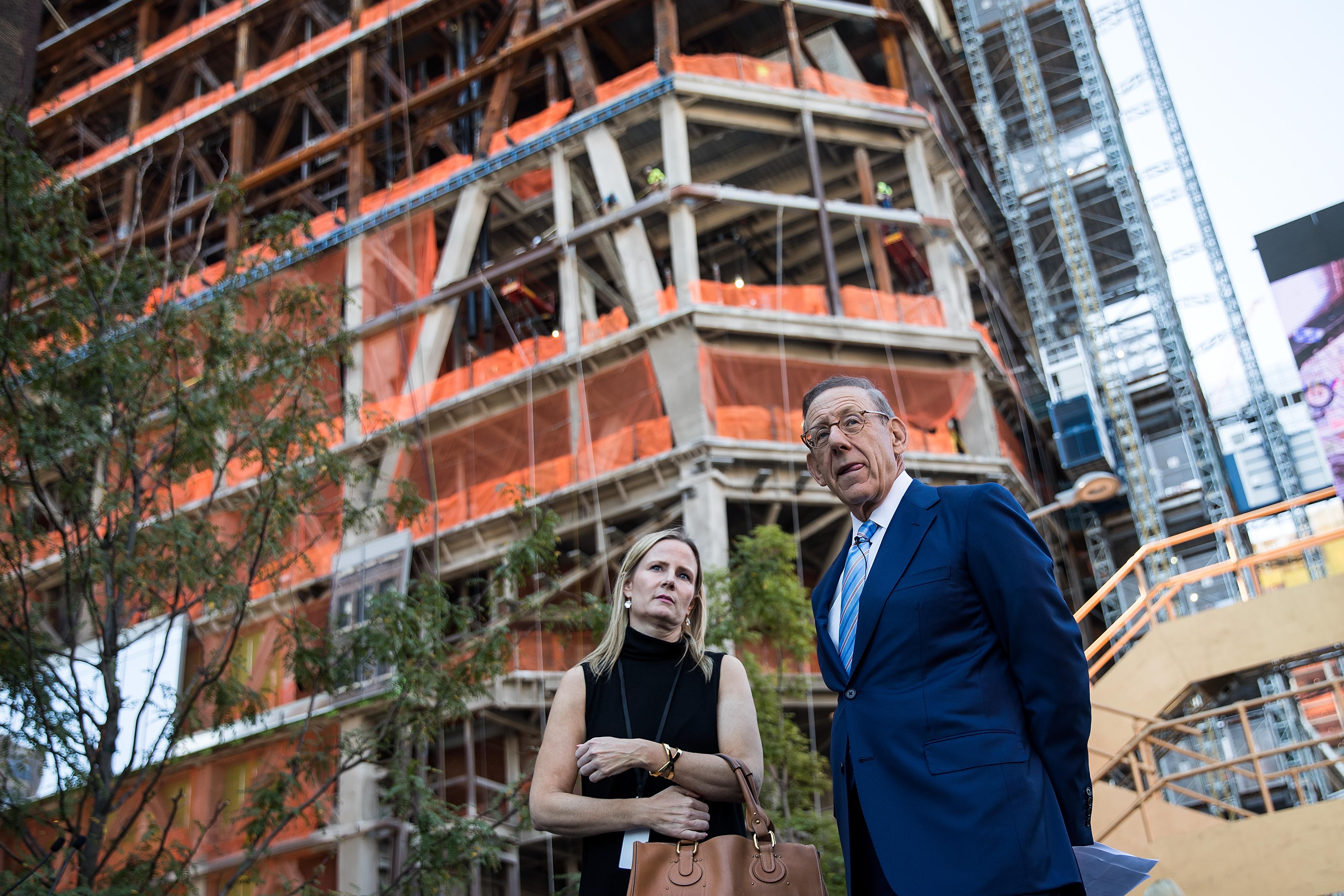 Mayor De Blasio Attends Unveils Of Plans For New Park Area In Hudson Yards Neighborhood