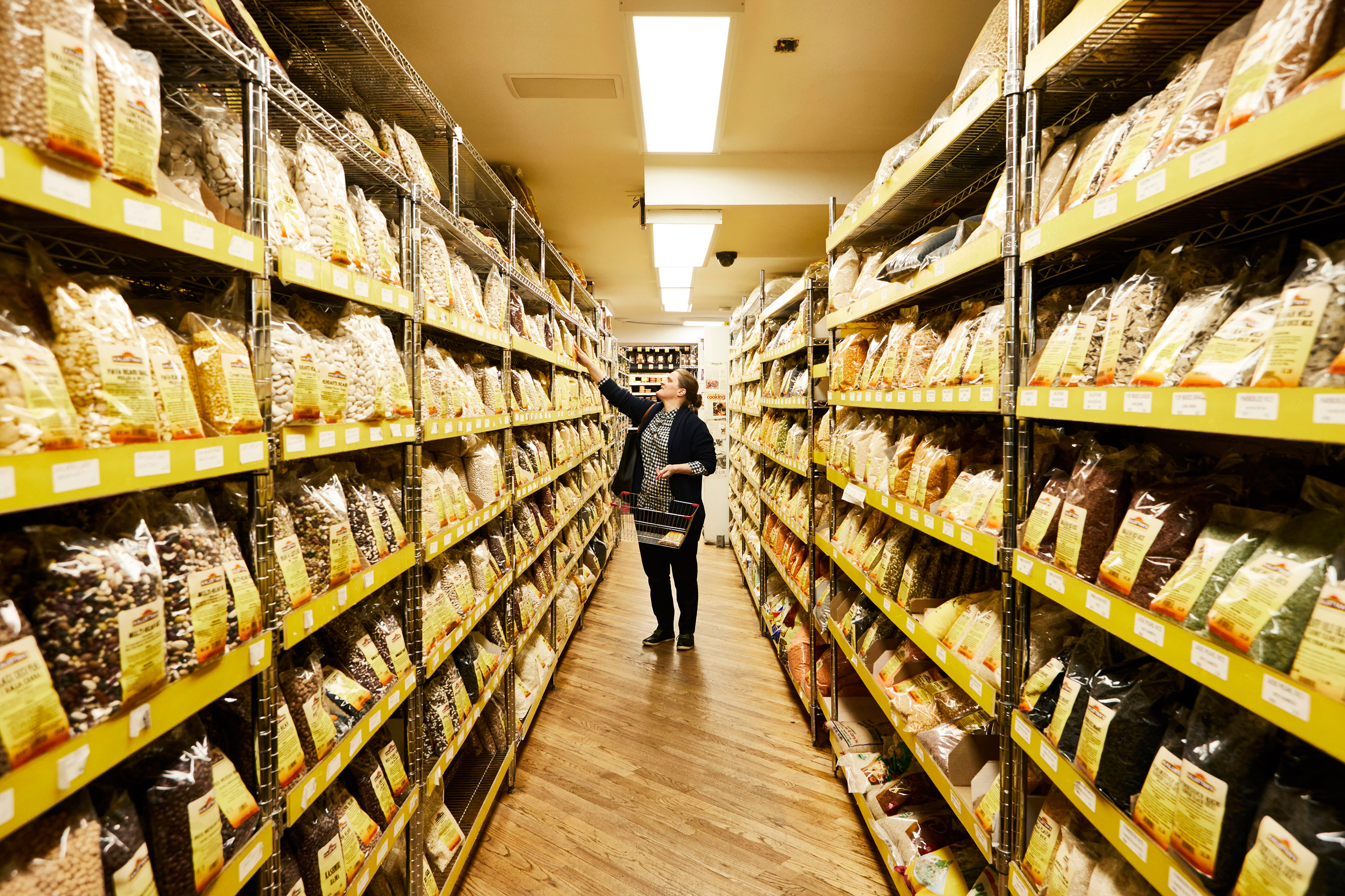 April Bloomfield in the aisles at Kalustyan's.