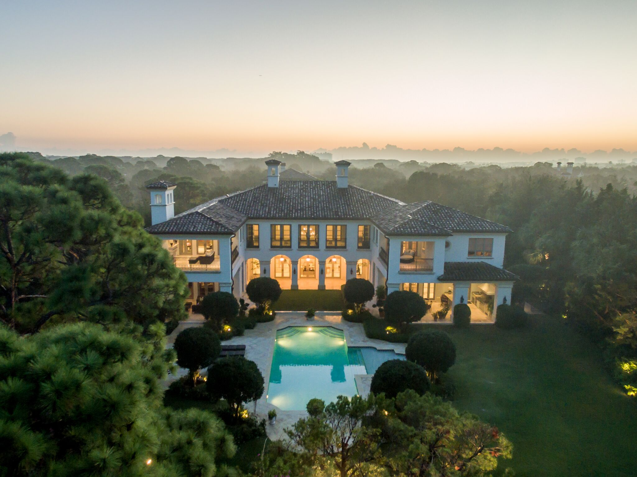 A luxury residence in Bear's Club