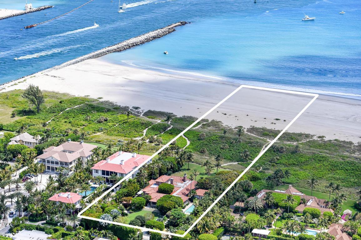 An aerial of 1565 North Ocean Way in Palm Beach