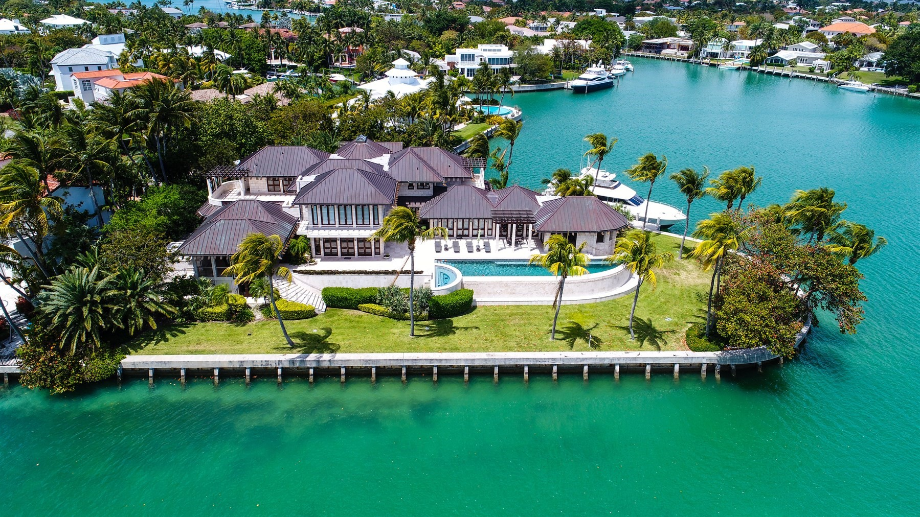 An aerial of 400 South Mashta Drive in Key Biscayne