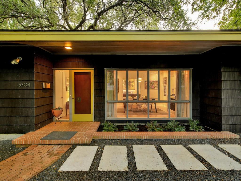 Cost to build a new house in austin - Authentically Austin Midcentury Modern Surfaces With 15k Price Hike A 1951 Build Designed By Louis Southerland Of Esteemed Local Firm Page Southerland Page