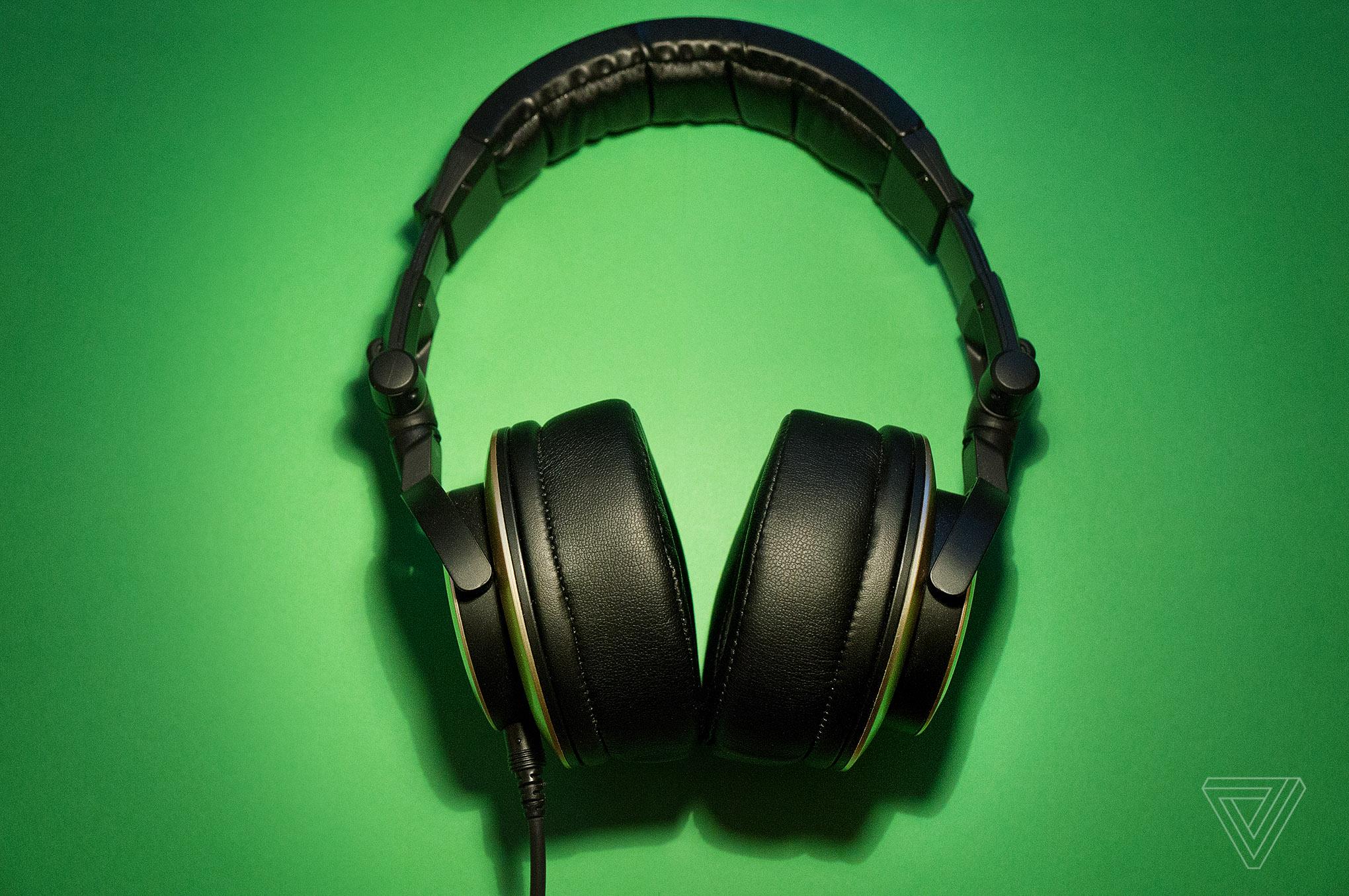status audio cb1 headphones