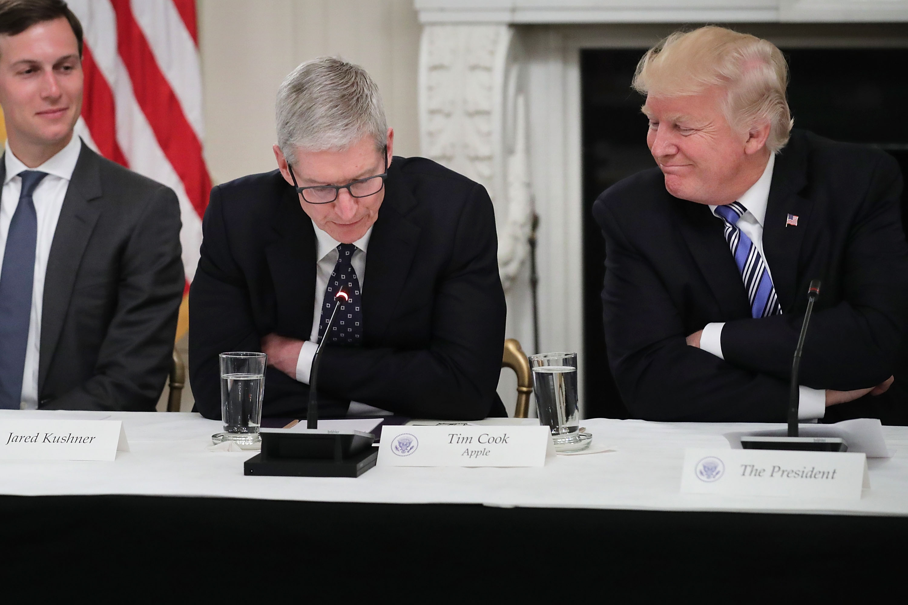 Behind the scenes at President Trump's private talks with the tech industry