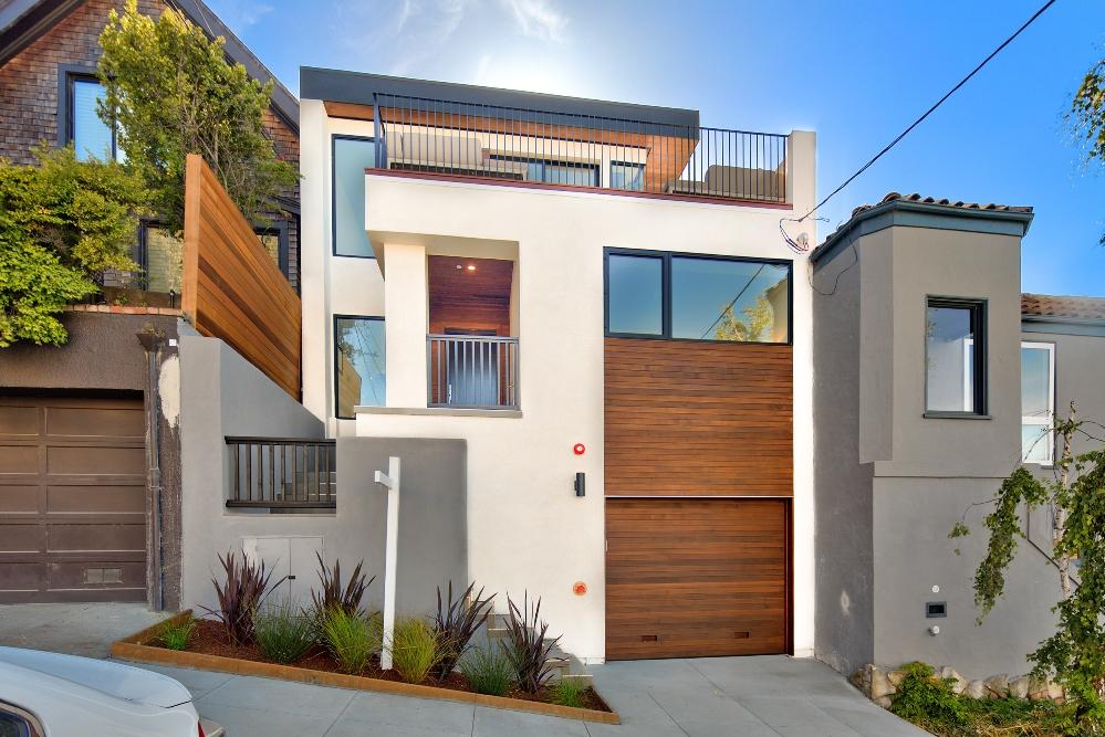 Contemporary home's exterior.