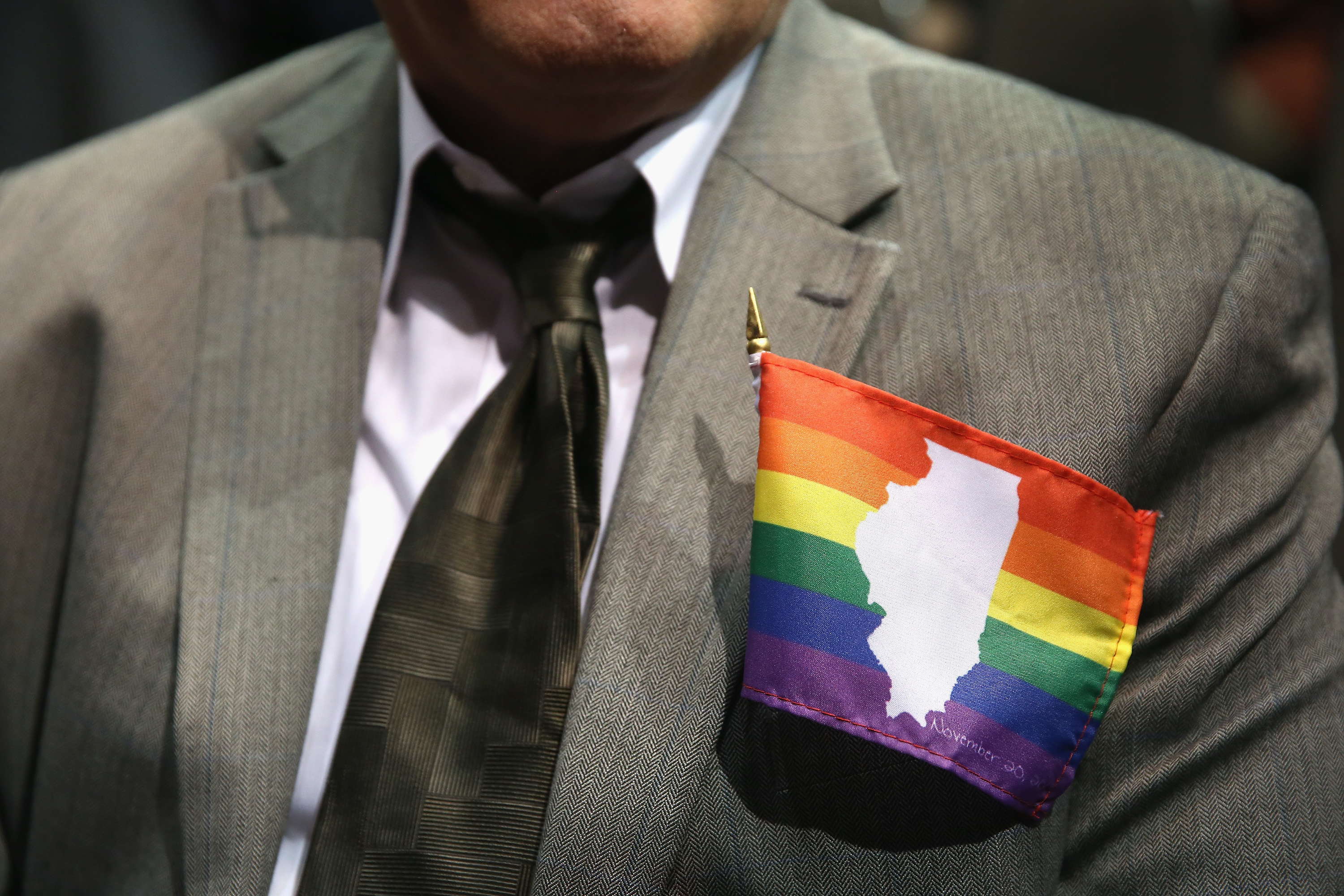 Illinois Governor Pat Quinn Signs Same-Sex Marriage Bill Into Law