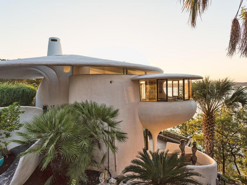 Stunning home by Frank Lloyd Wright apprentice asks $1.2M