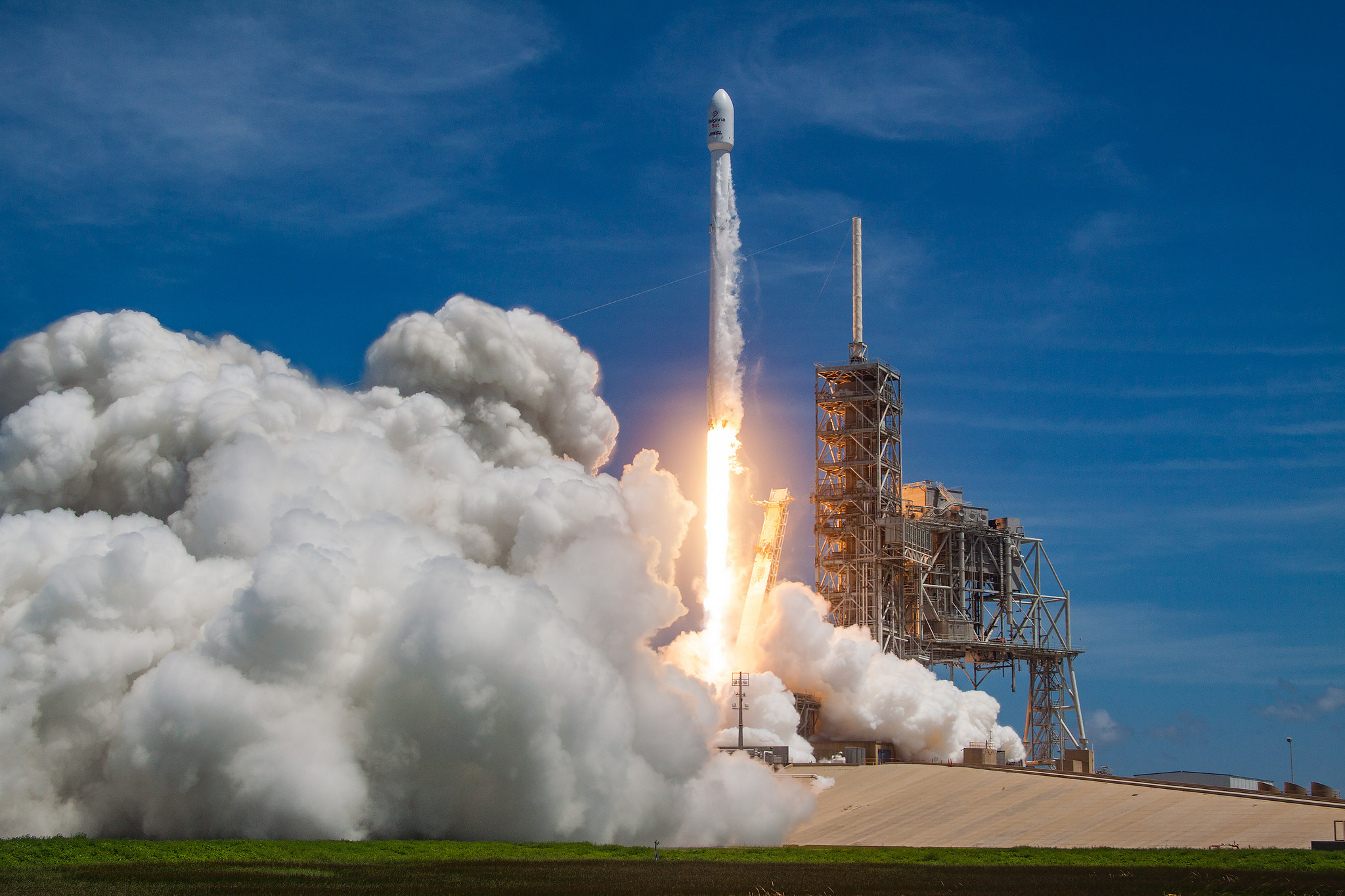 SpaceX's Falcon 9 spacecraft launches for the second time