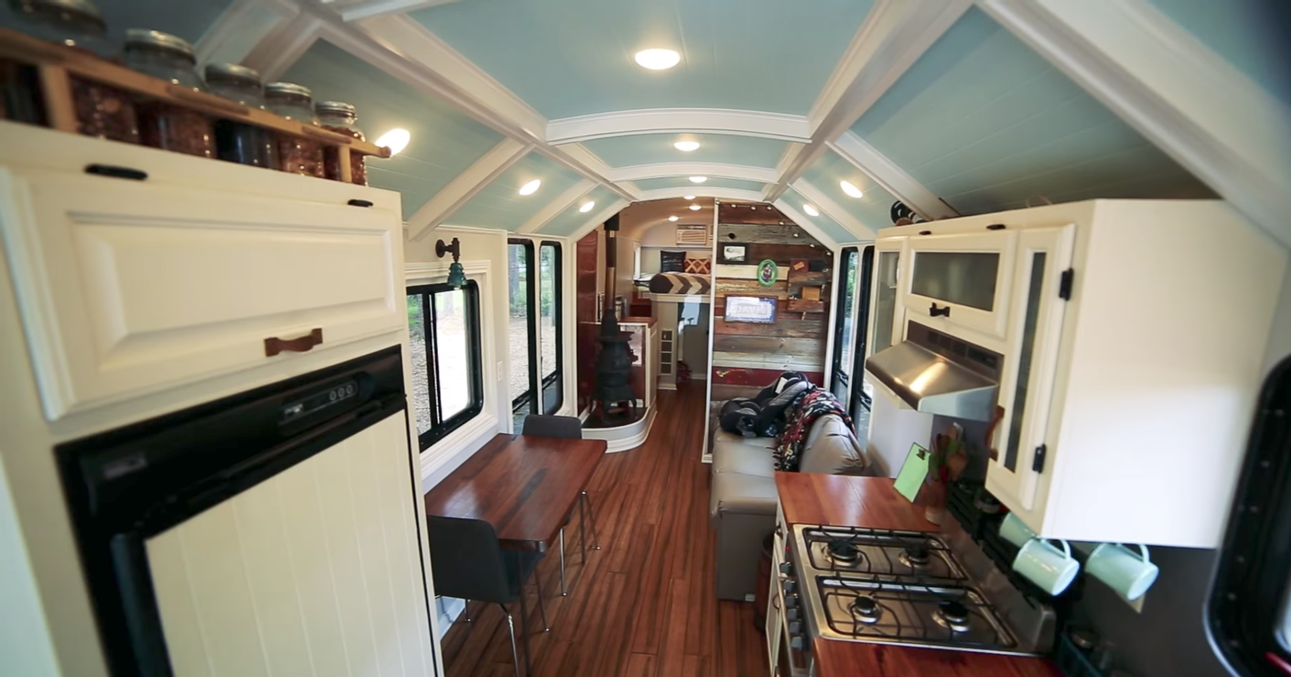 This school bus conversion may be the most impressive one yet - Curbed