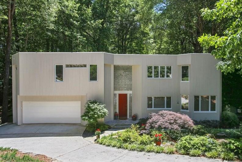 A 1980s modern home in Atlanta asking $600,000.