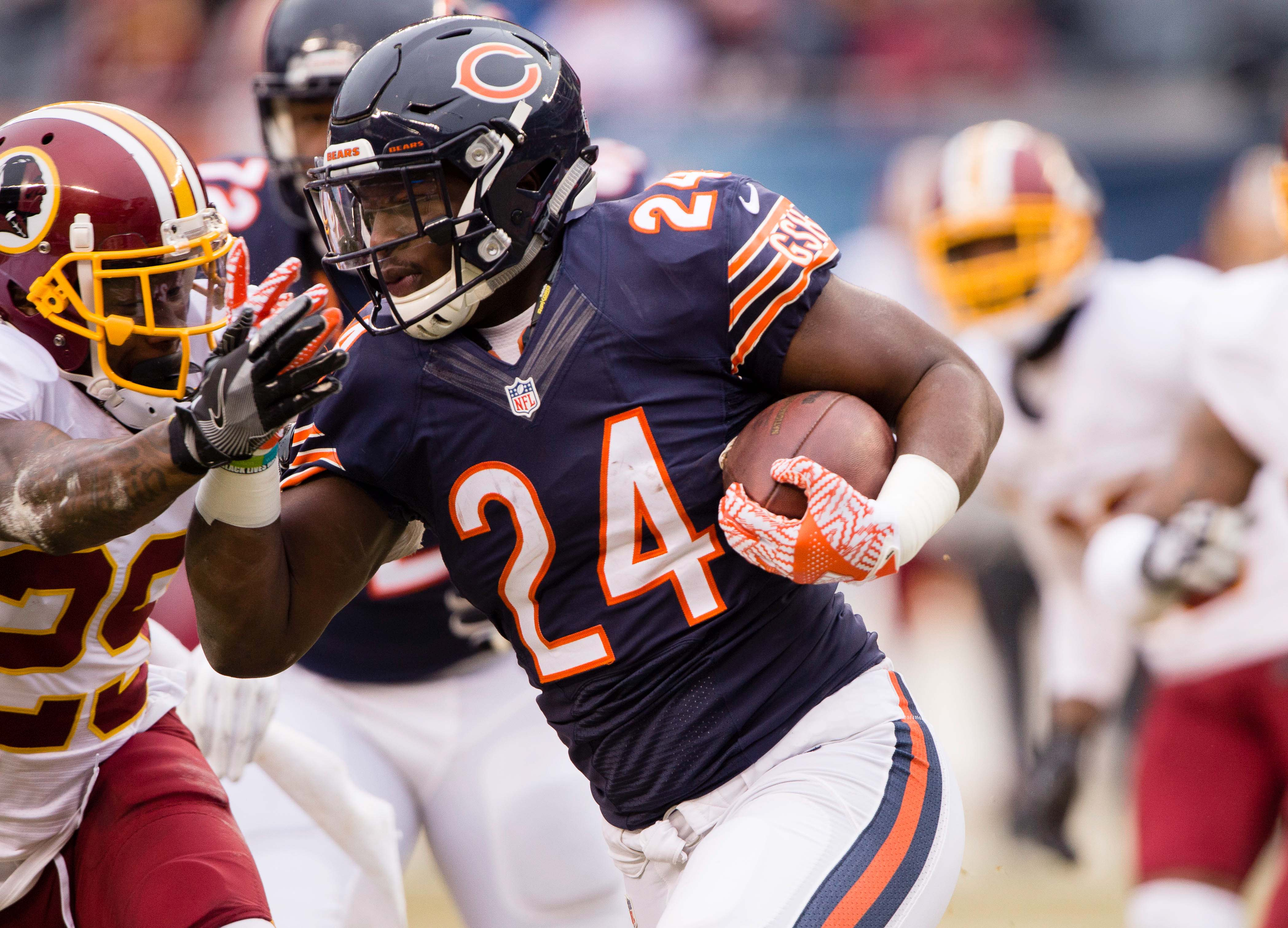74882de80ca Jordan Howard will be the best thing about the Bears in 2017