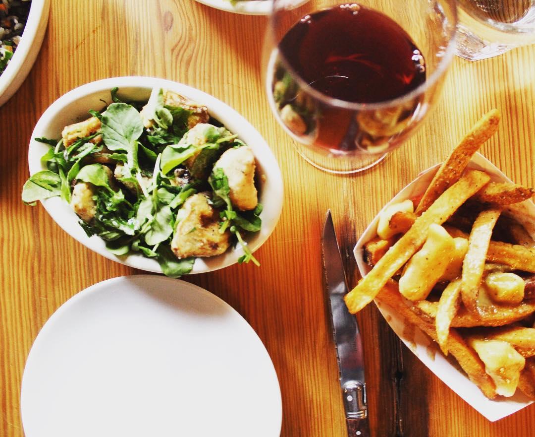 Food at Cafe du Pays