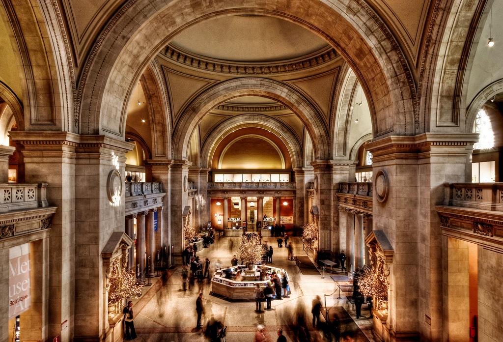 Αποτέλεσμα εικόνας για metropolitan museum of art inside