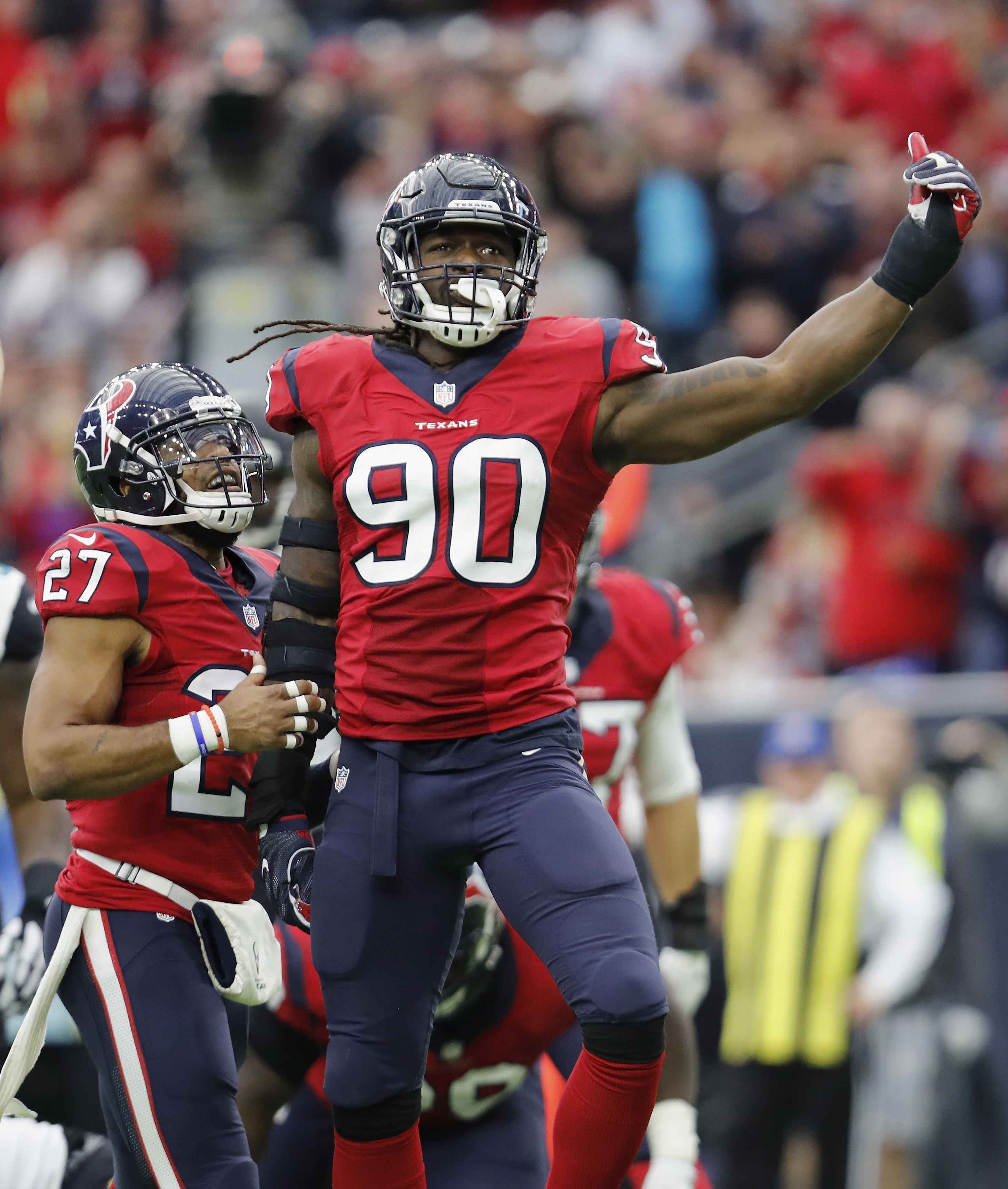 fc7bc06c331 Jadeveon Clowney will be one step closer to greatness in 2017. That s scary.