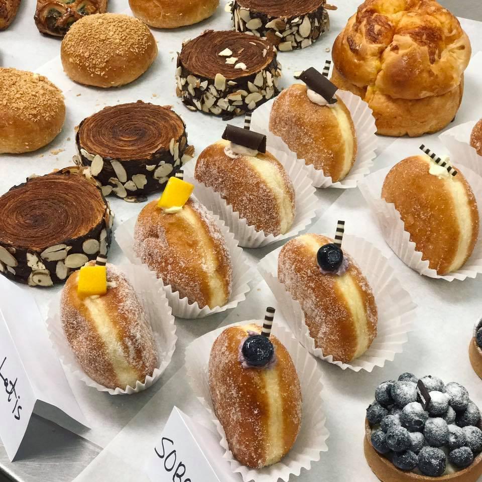 Tous Les Jours pastries