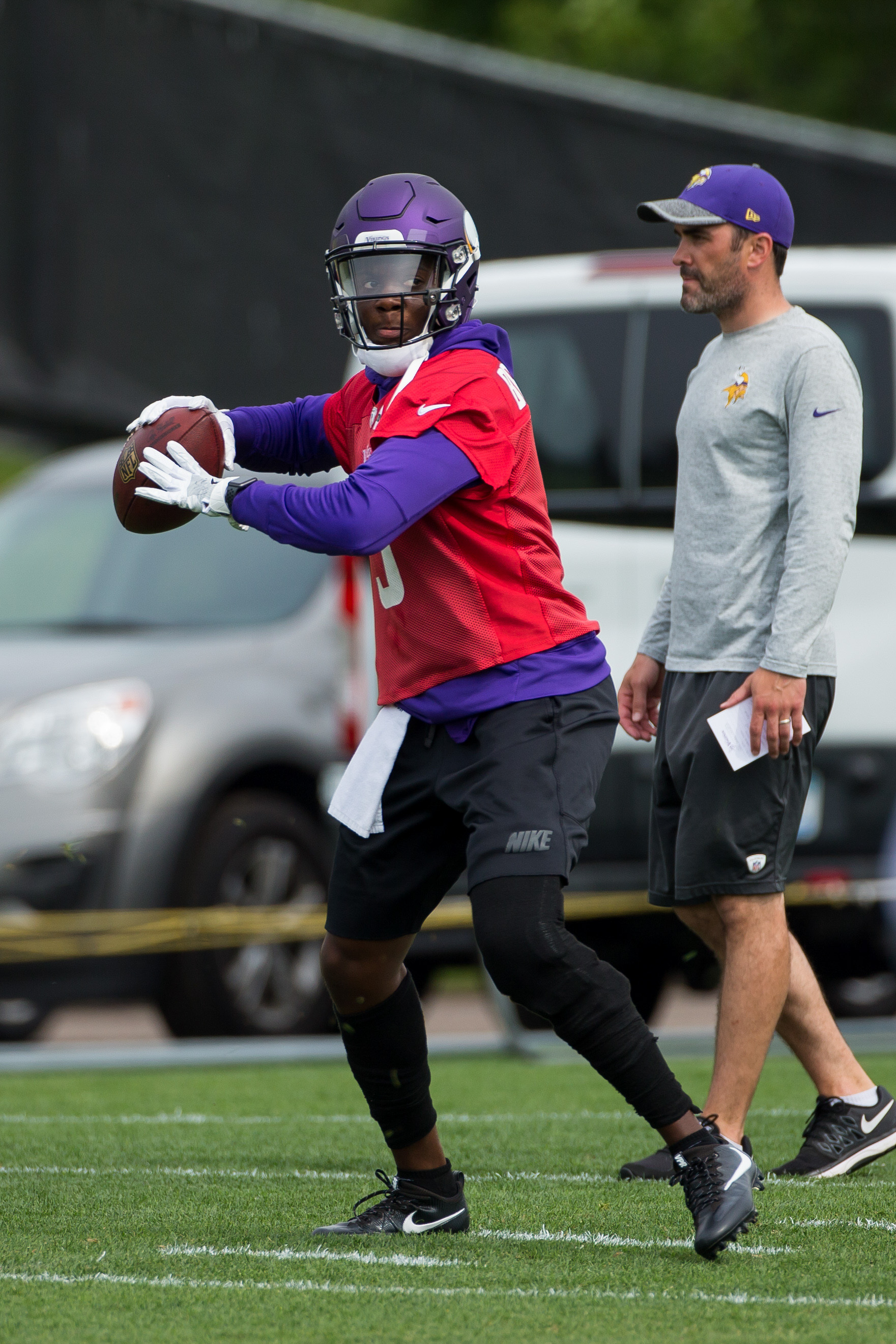 Teddy bridgewater injury update vikings expect qb to miss 2017 too report says sporting news - More Teddy Bridgewater Video Yes More Teddy Bridgewater Video A New Video Released Yesterday Shows Some Fancy Footwork From 5