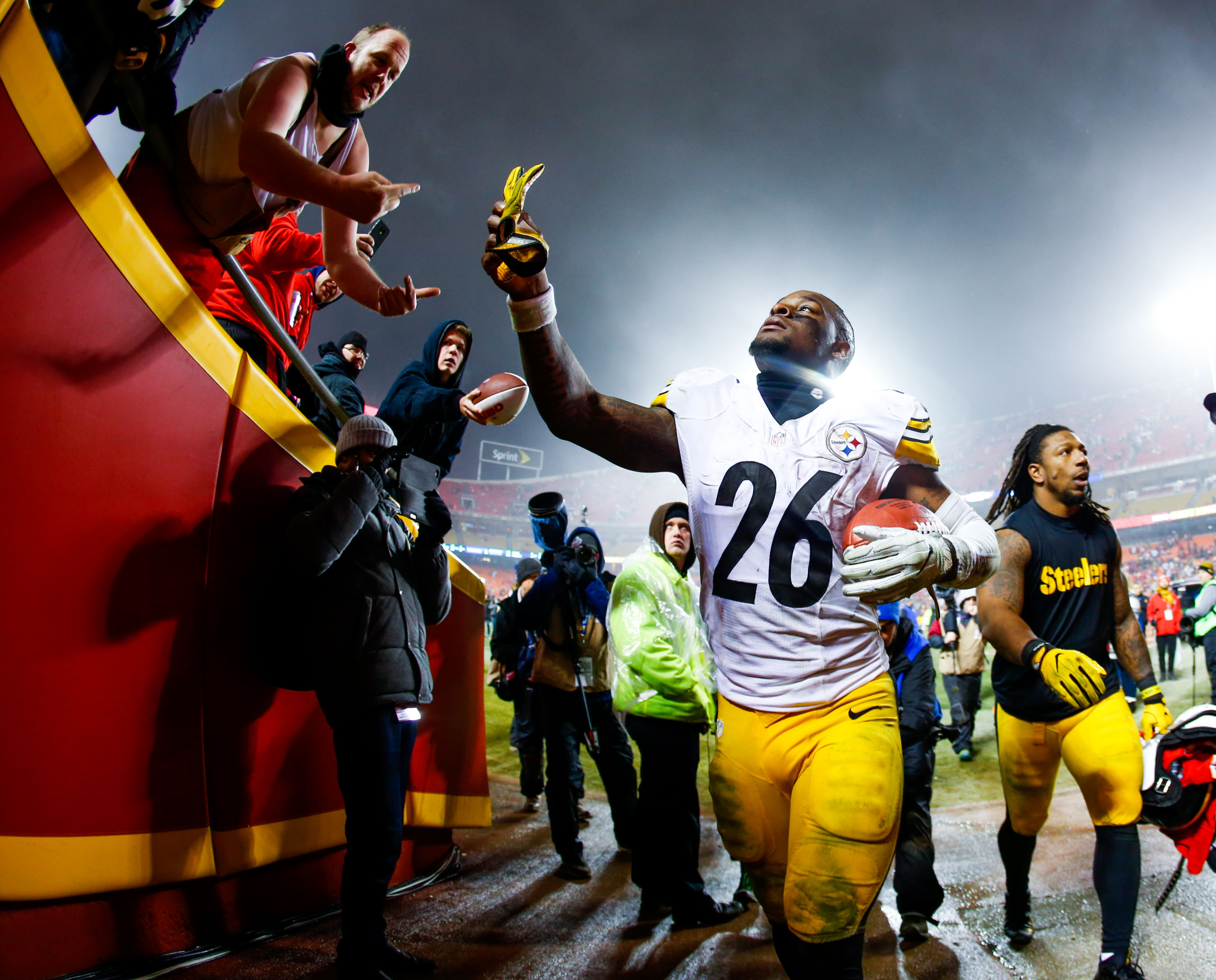 Behind the steel curtain commercial - Steelers And Le Veon Bell Fail To Get Long Term Deal Done And The Waiting Begins The Team Waited Till The Last Possible Day But A Deal Was Not Able To Be