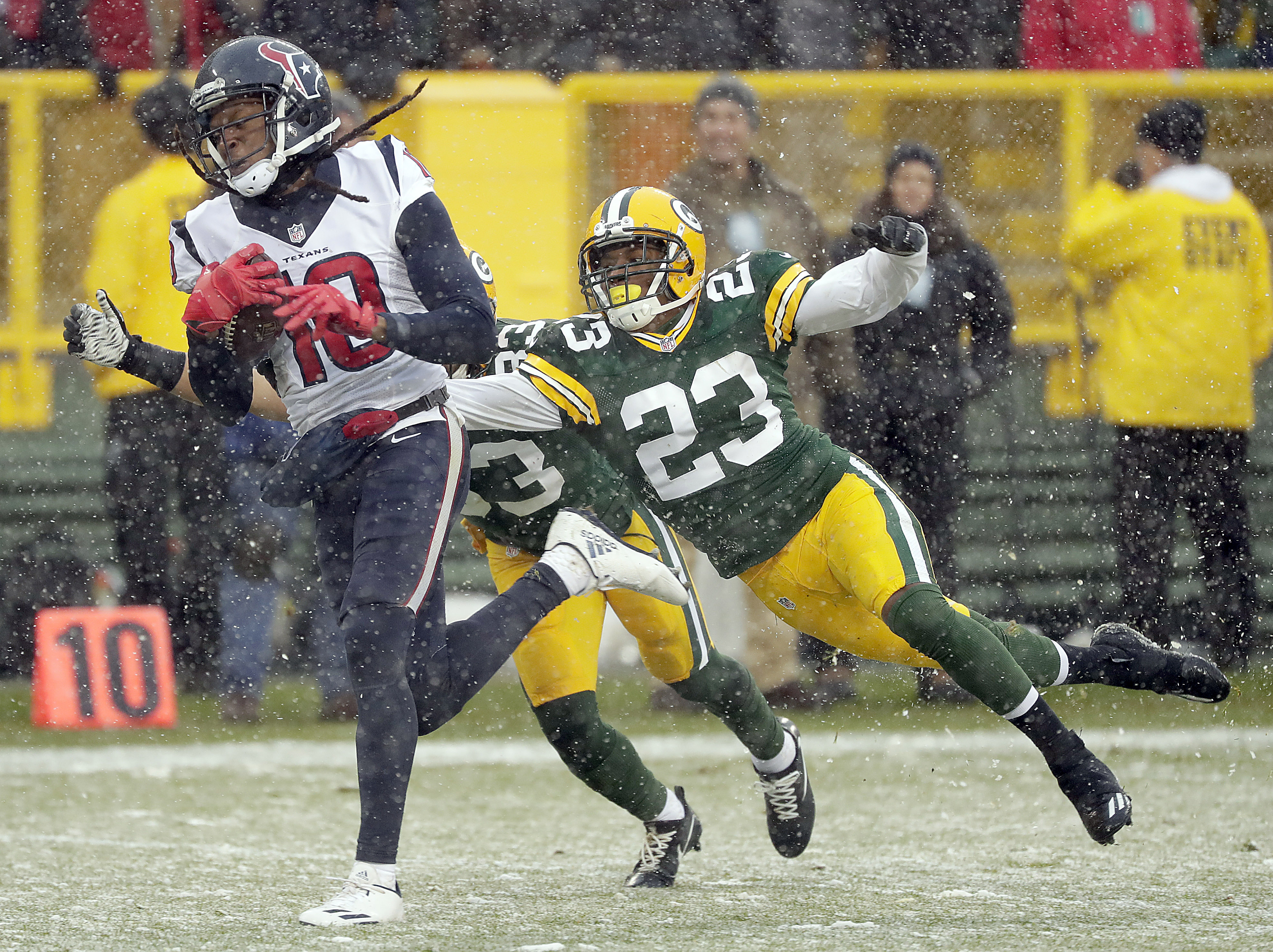 NFL: Houston Texans at Green Bay Packers