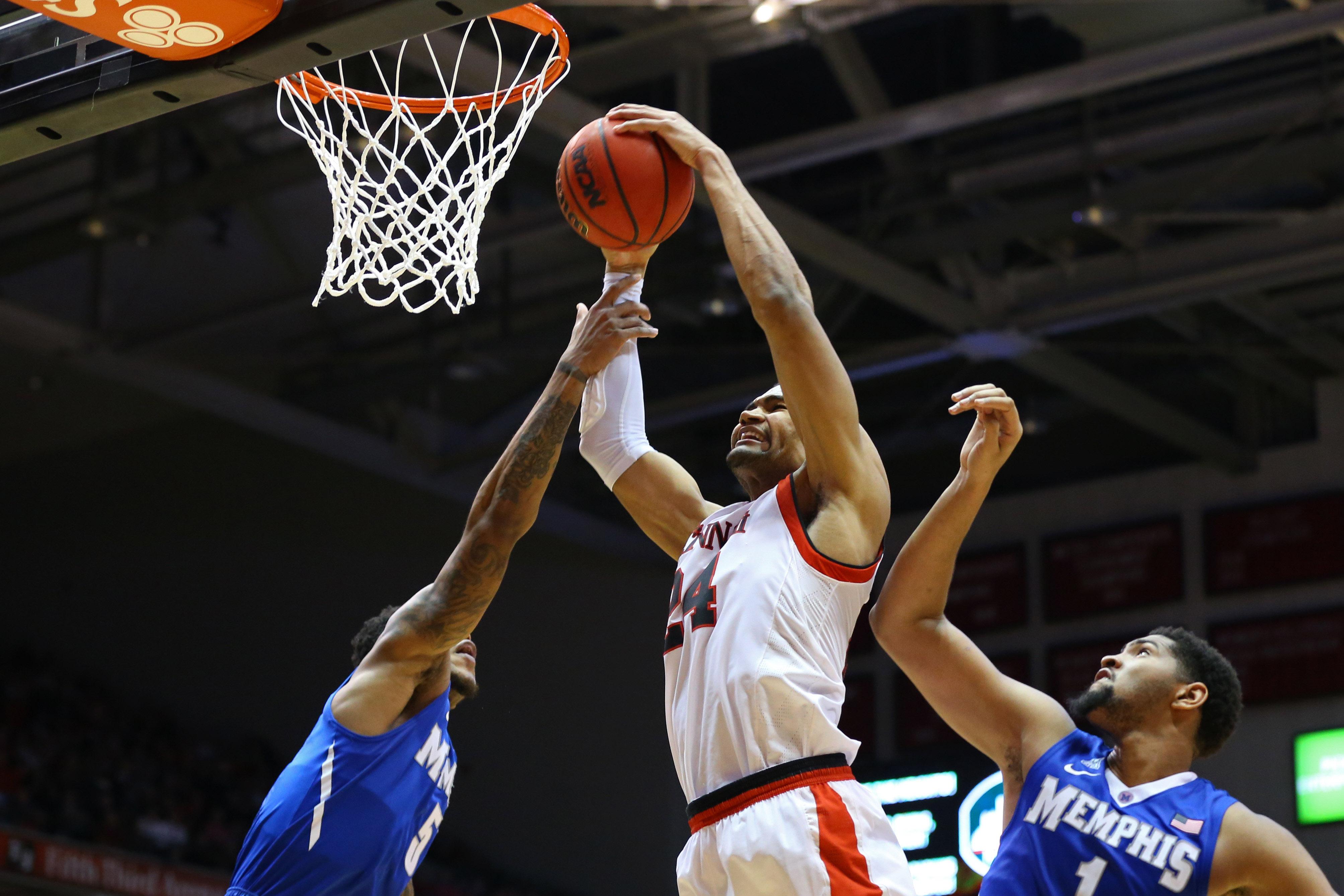 NCAA Basketball: Memphis at Cincinnati