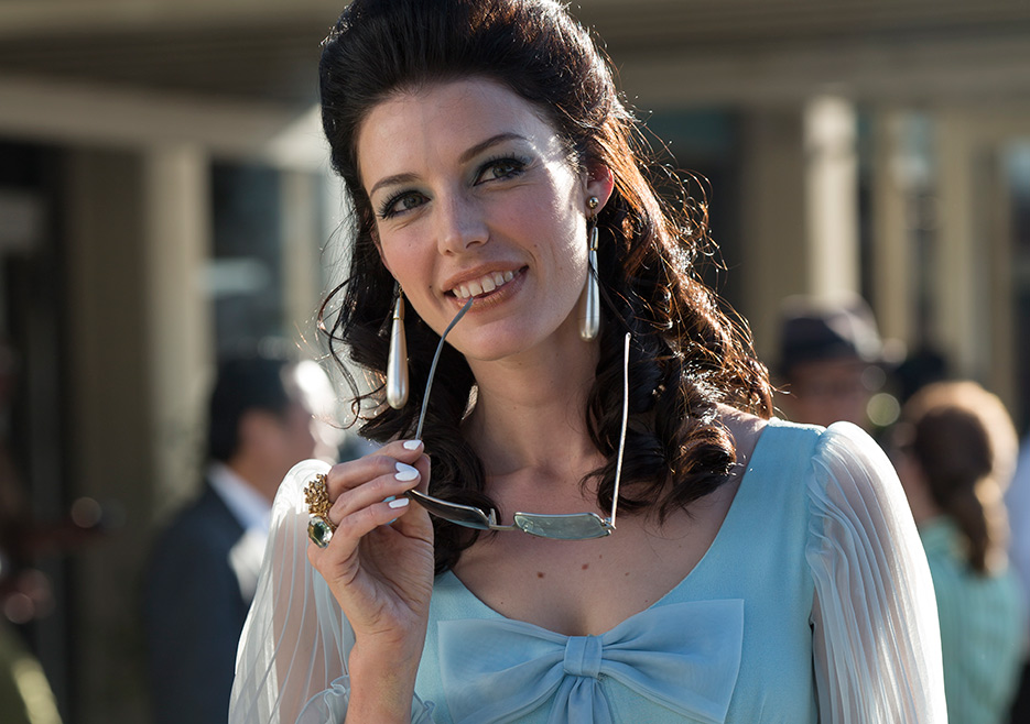 The Secrets Behind All Your Favorite 'Mad Men' Looks