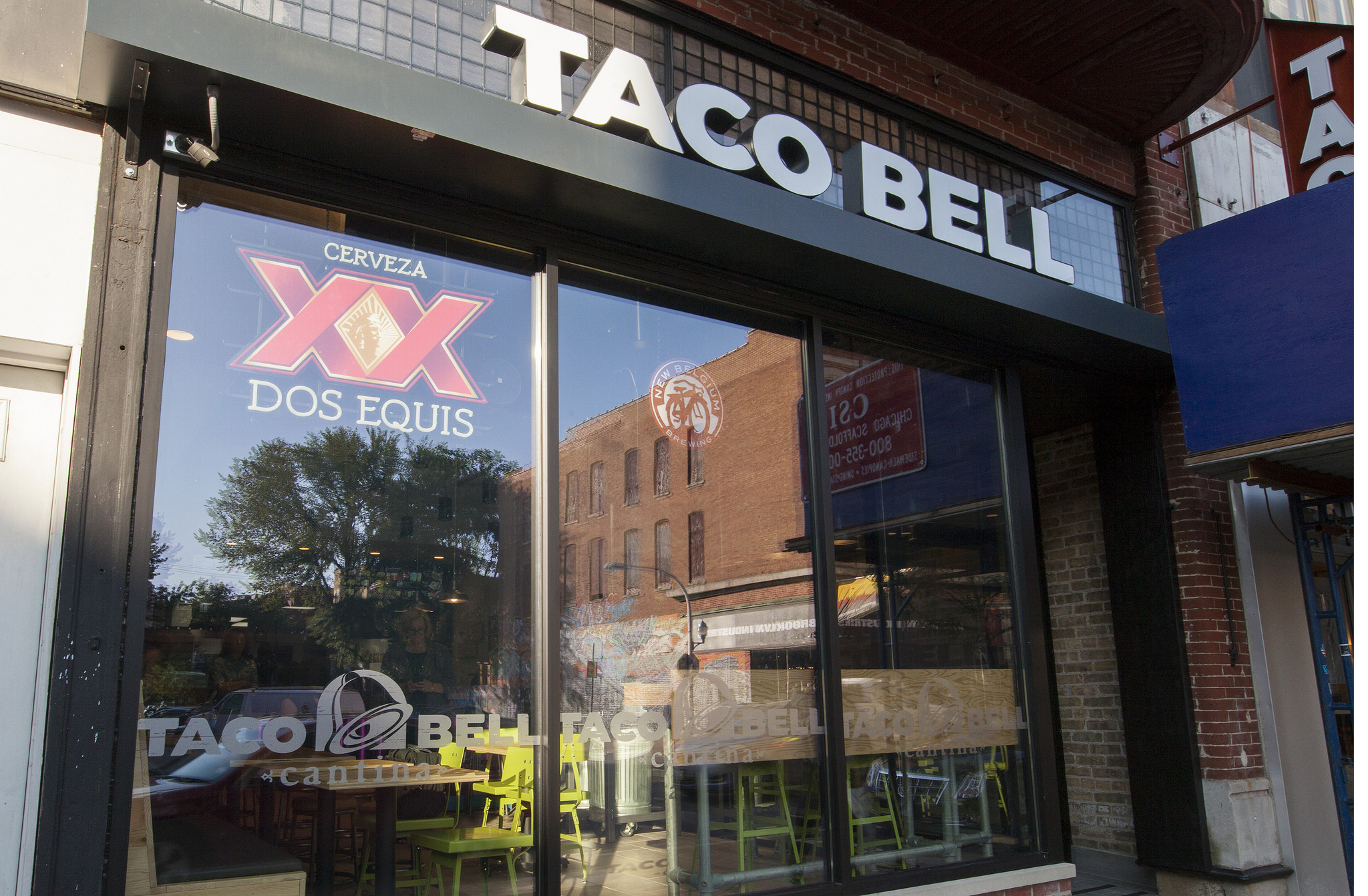 Taco Bell Cantina Photos Eater Inside Menu Boozy Wicker Park