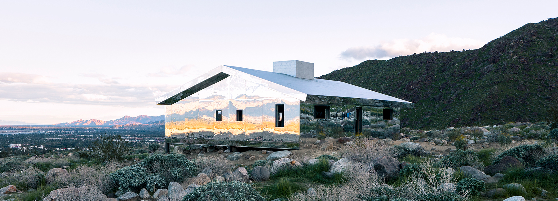 6 stunning examples of mirrored architecture