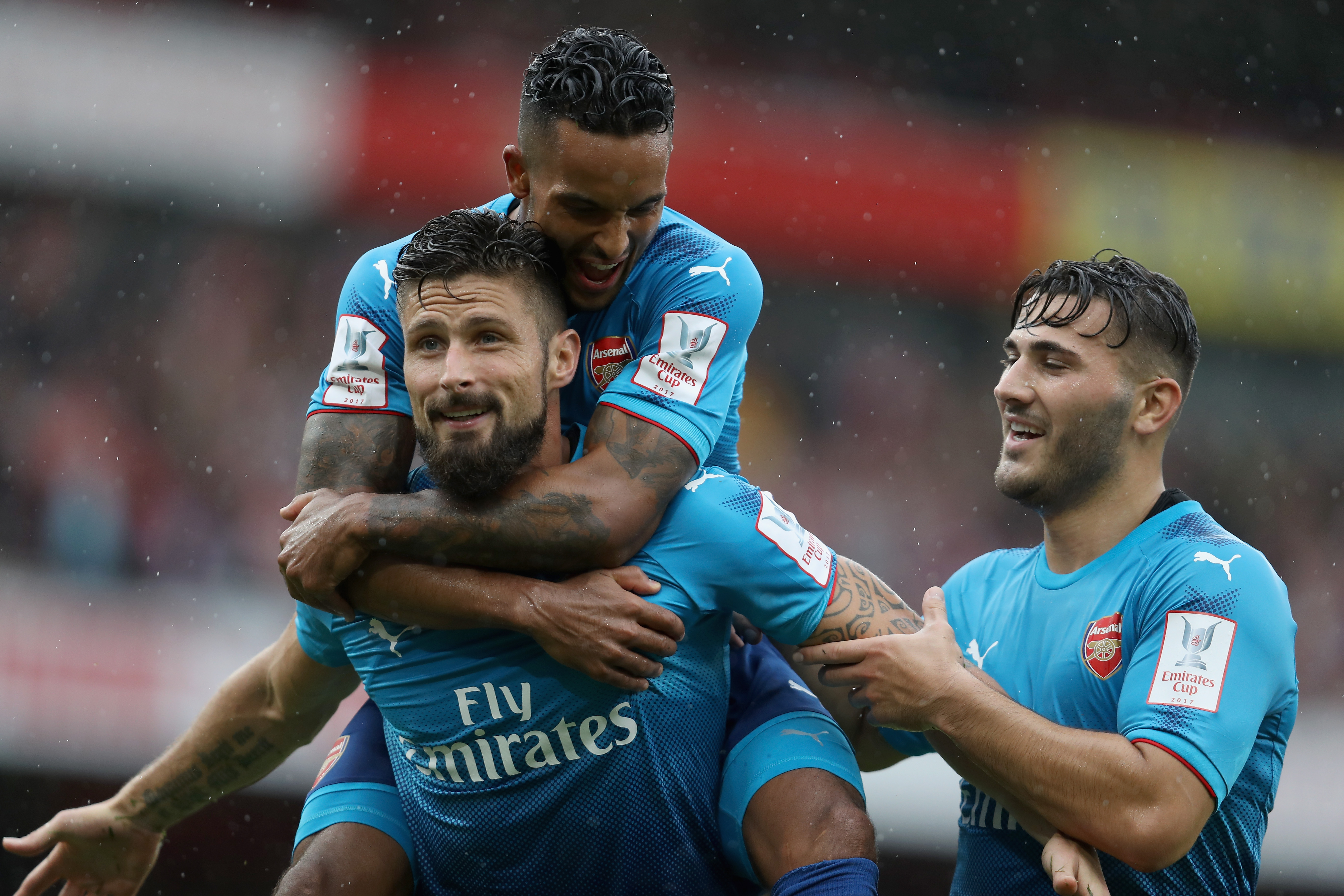 Arsenal v SL Benfica - Emirates Cup