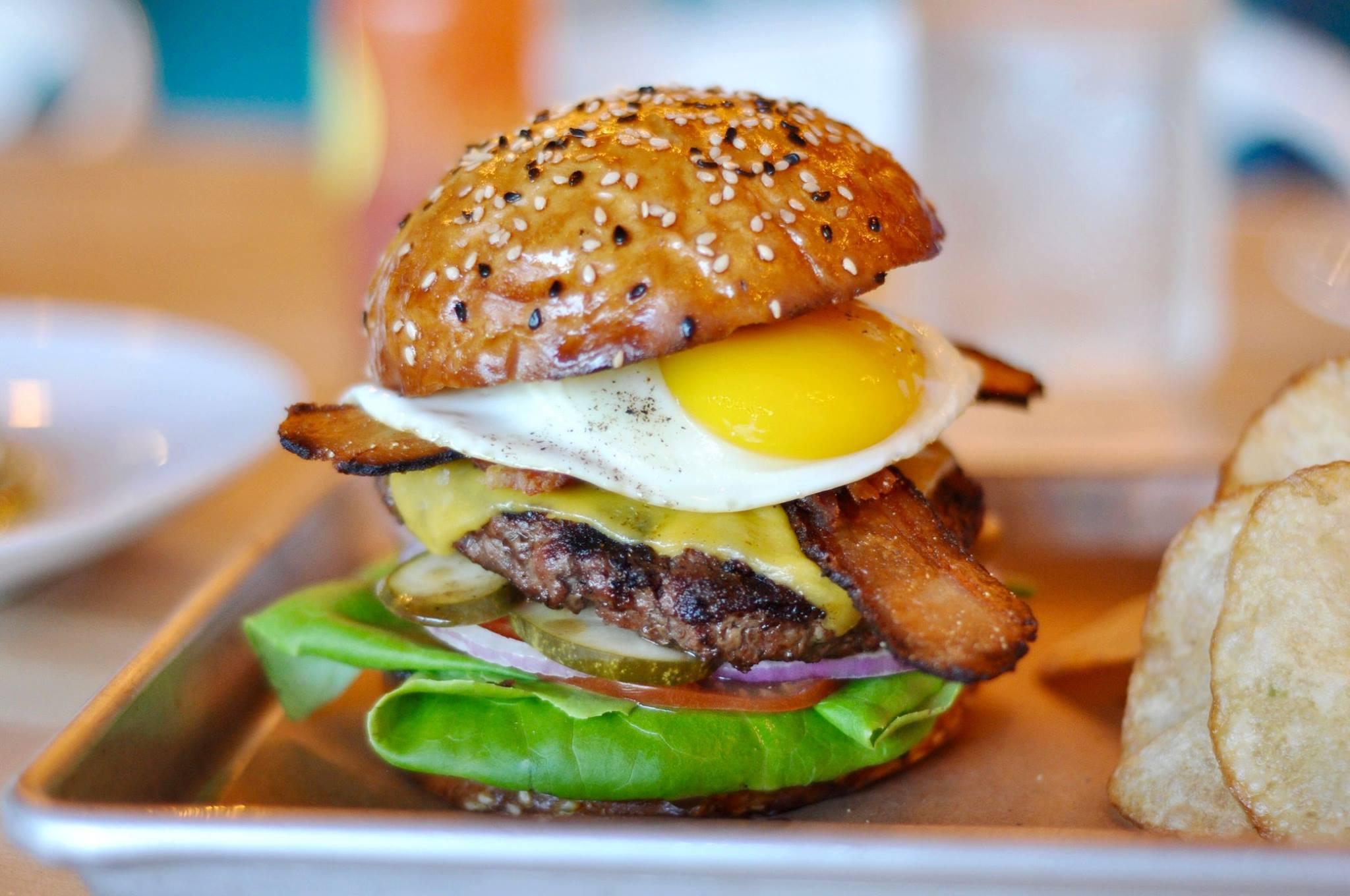 Delicious' brunch burger