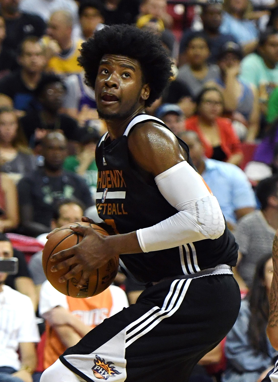 2017 Las Vegas Summer League - Phoenix Suns v Dallas Mavericks