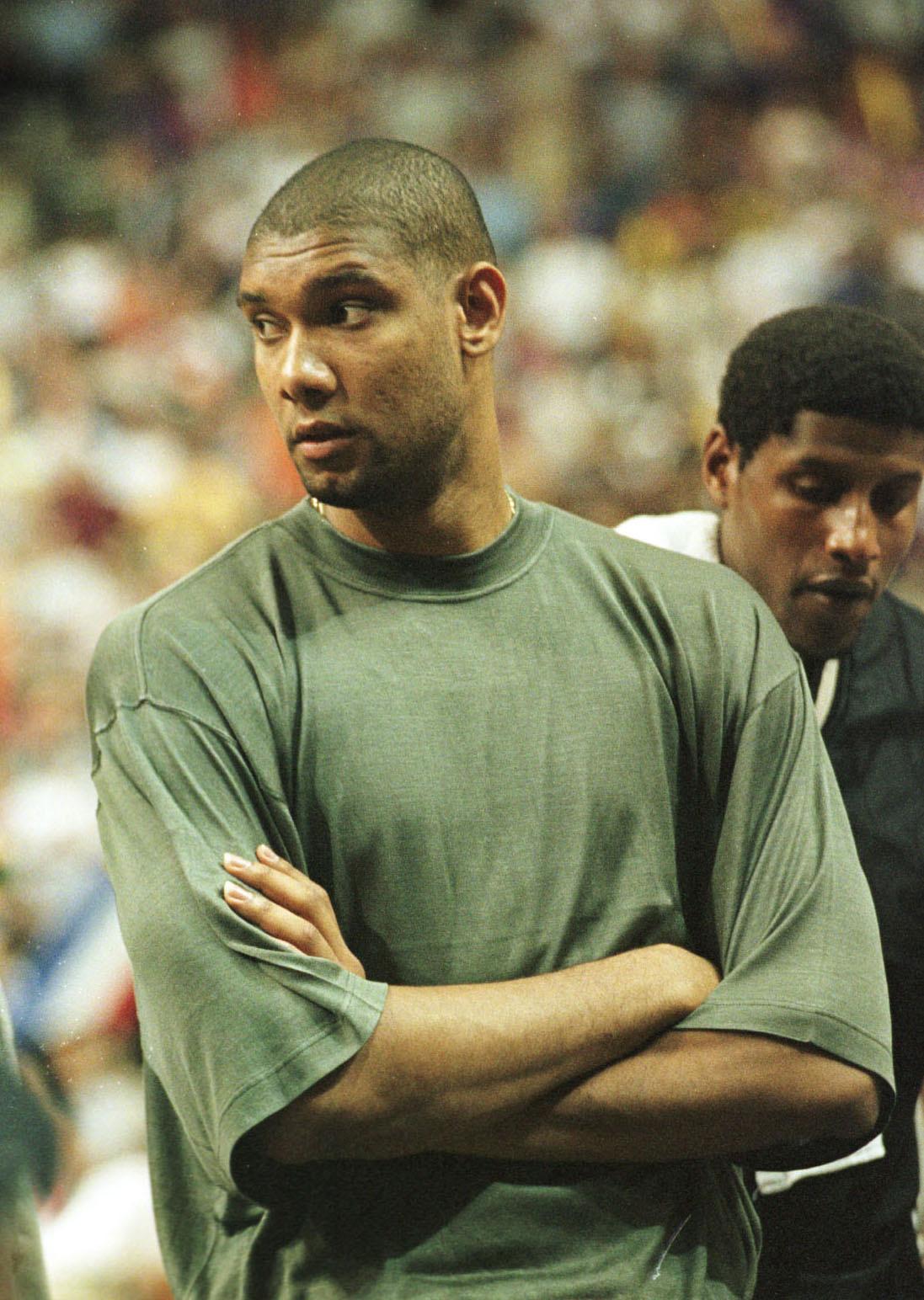 Spurs v Suns Duncan