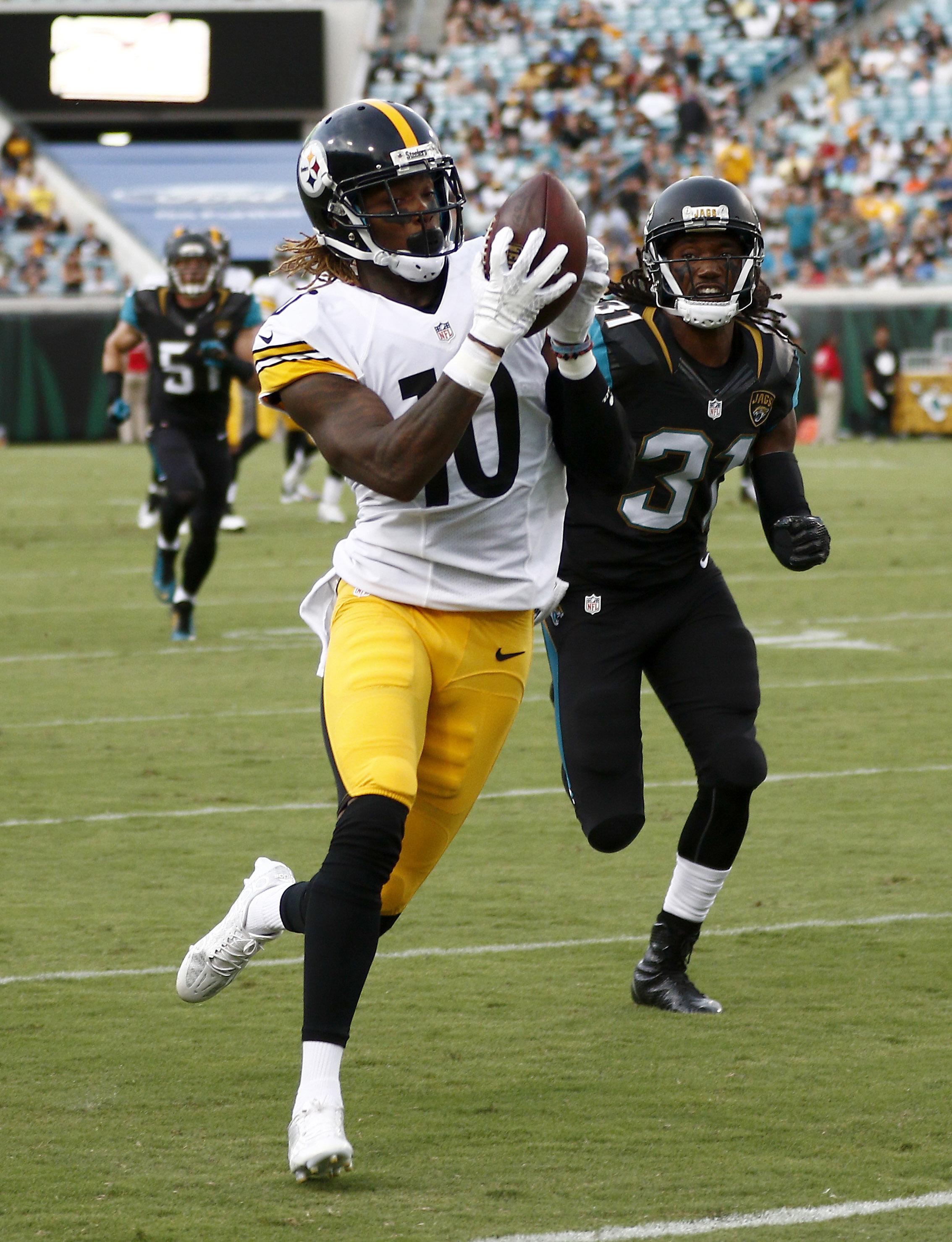 NFL: Preseason-Pittsburgh Steelers at Jacksonville Jaguars