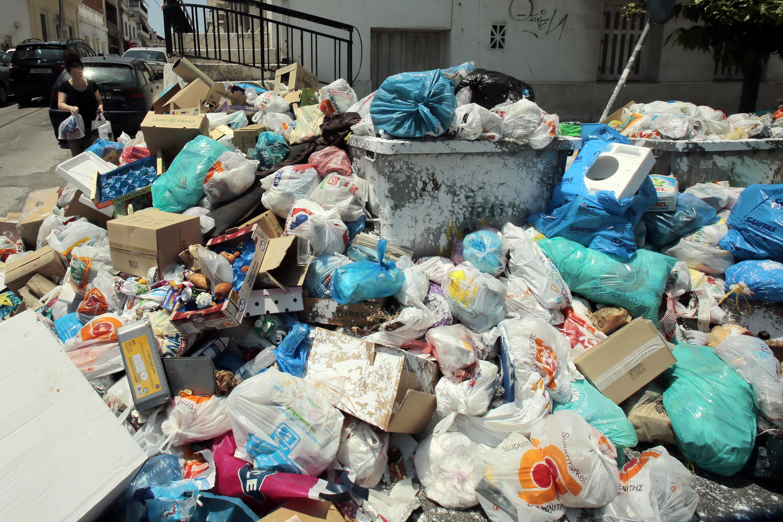 Rubbish Piles Grow As Greek Heatwave Looms