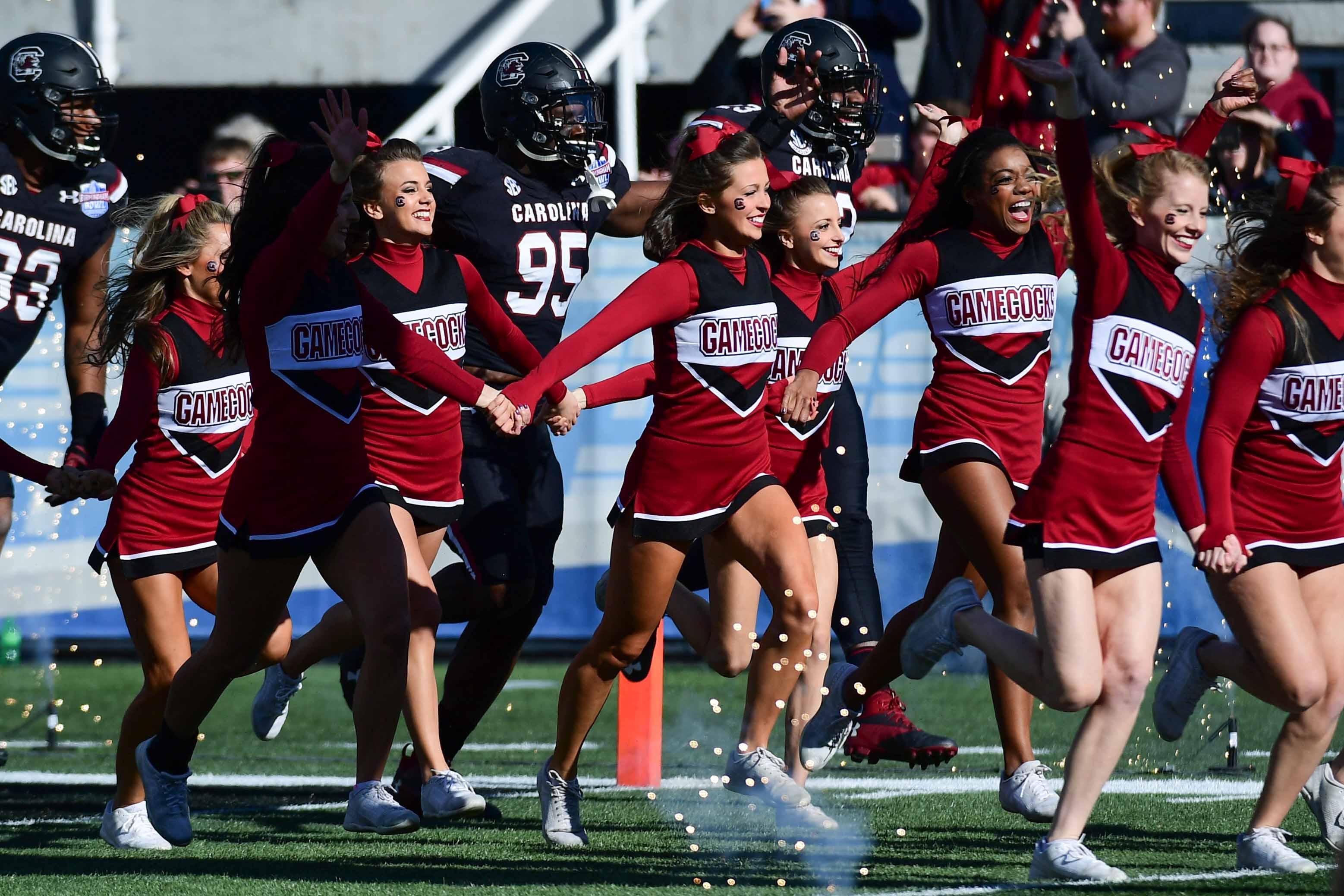 NCAA Football: Birmingham Bowl-South Florida vs South Carolina