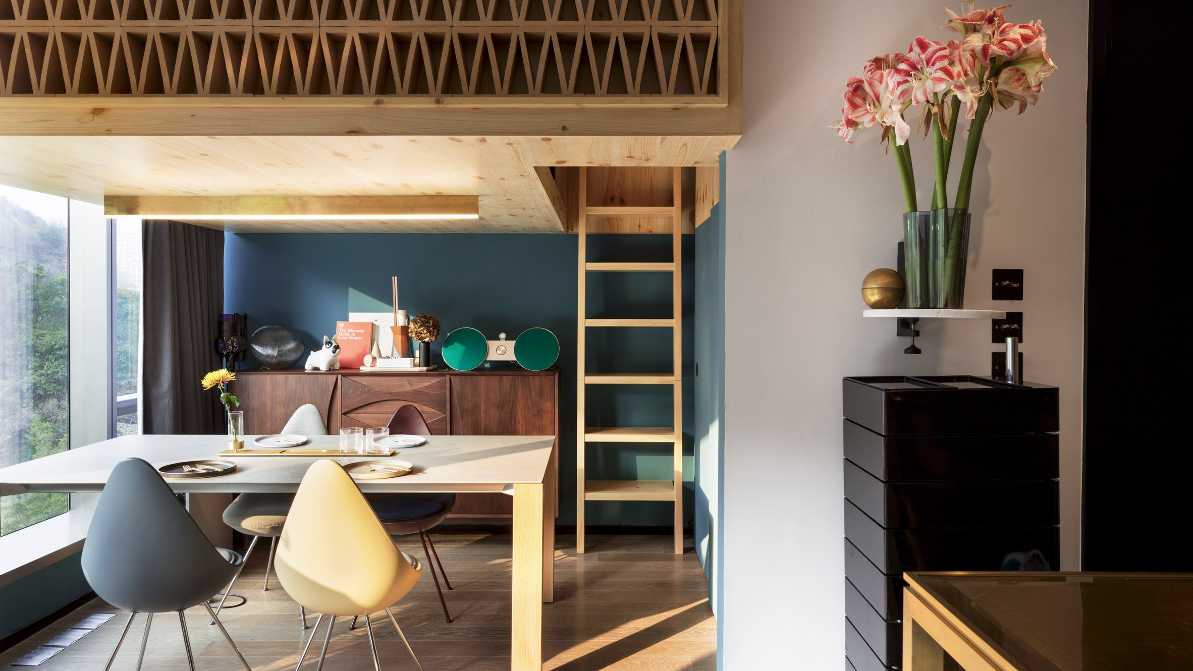 366-square-foot apartment gets space-saving renovation