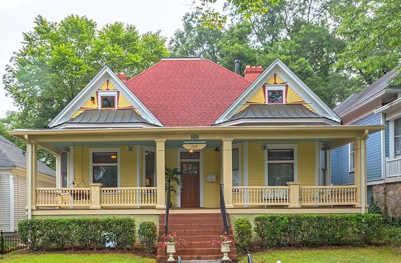 An old Grant Park house for sale for $849,000.