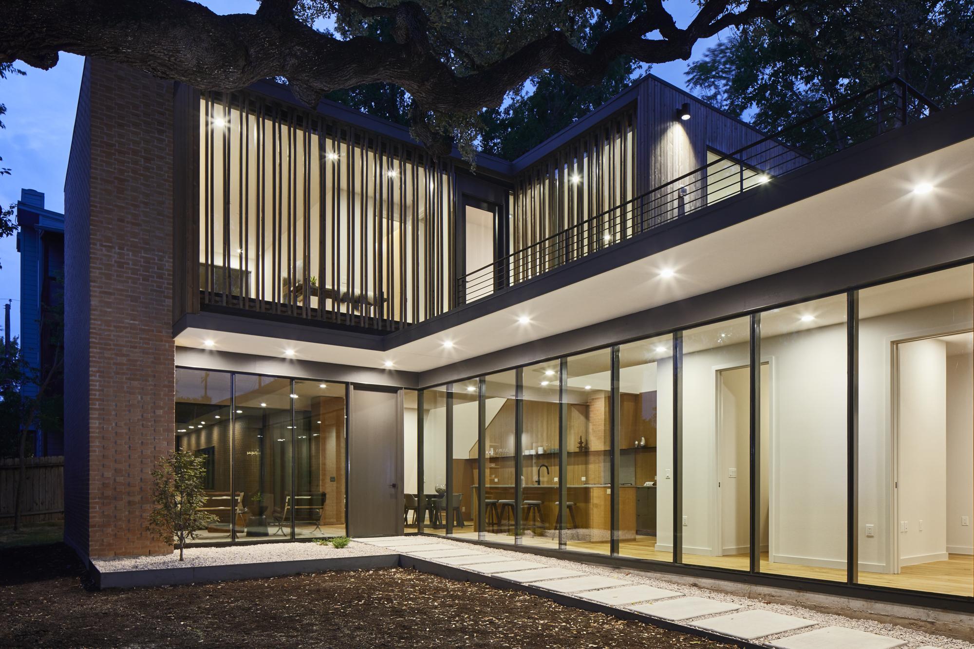 Photo of a contemporary home