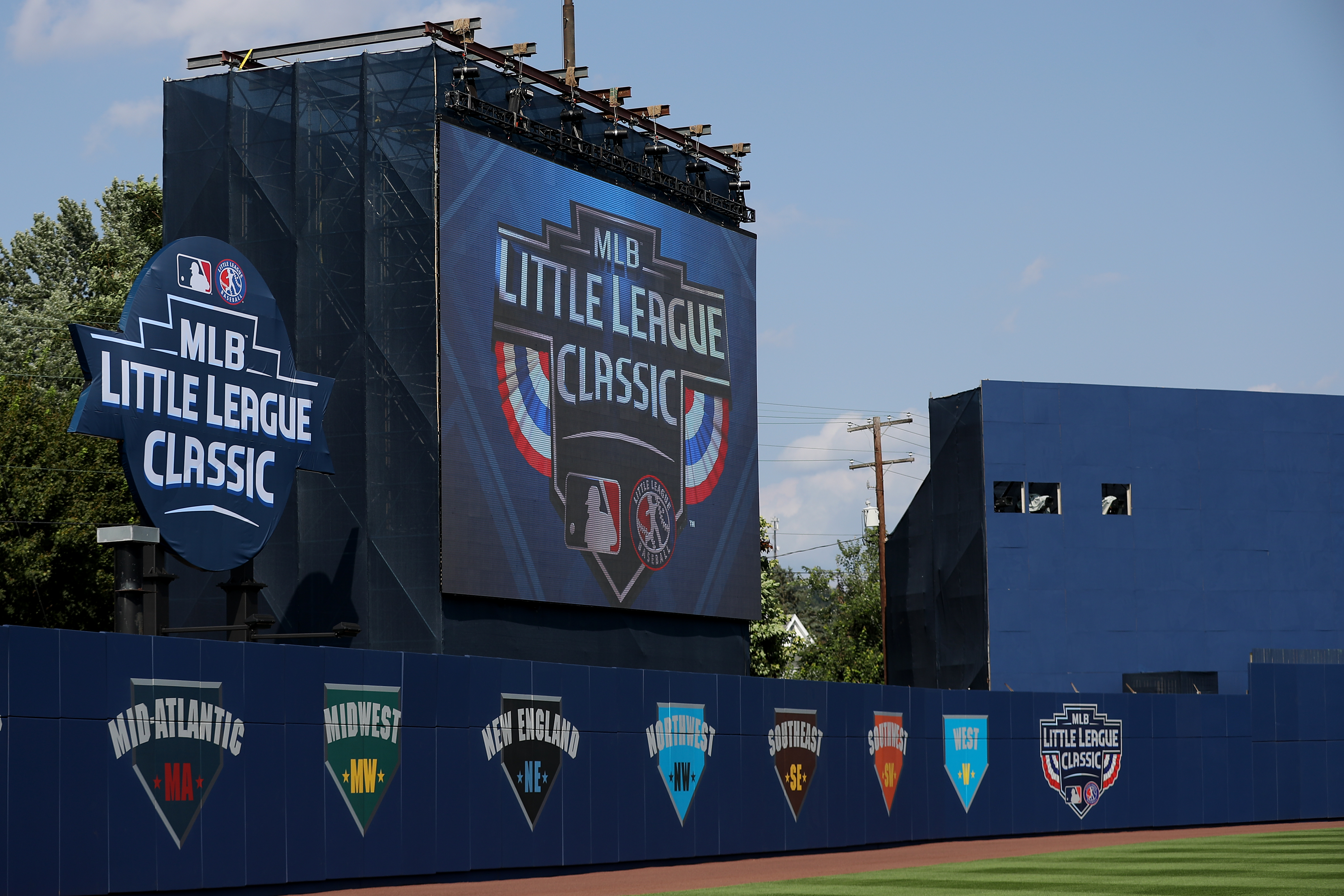 MLB Little League Classic - St Louis Cardinals v Pittsburgh Pirates