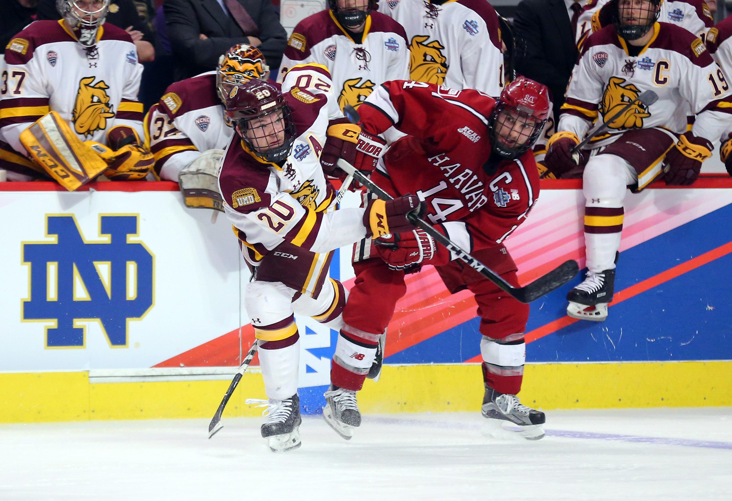 NCAA Hockey: Frozen Four-Havard vs Minnesota-Duluth