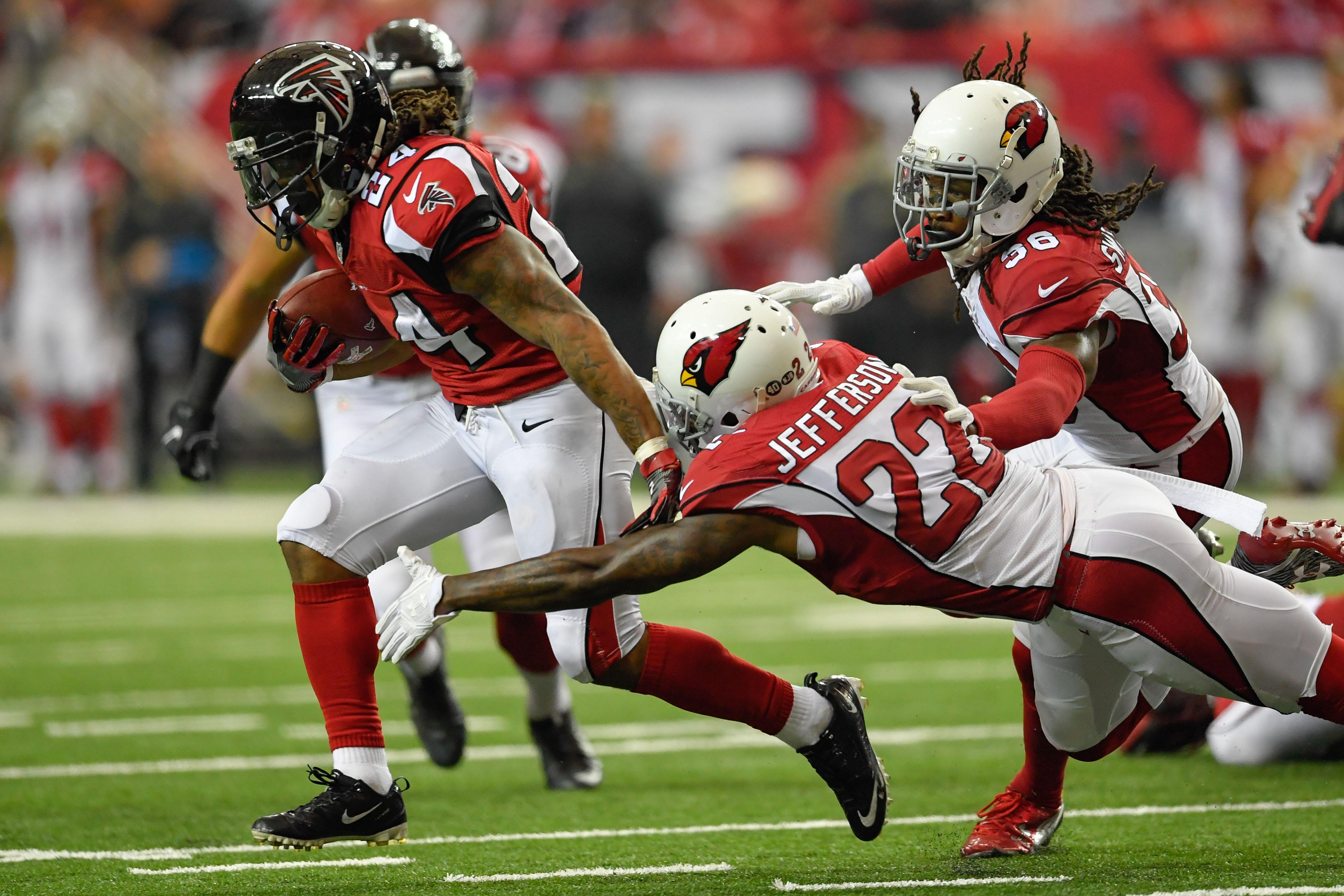 NFL: Arizona Cardinals at Atlanta Falcons