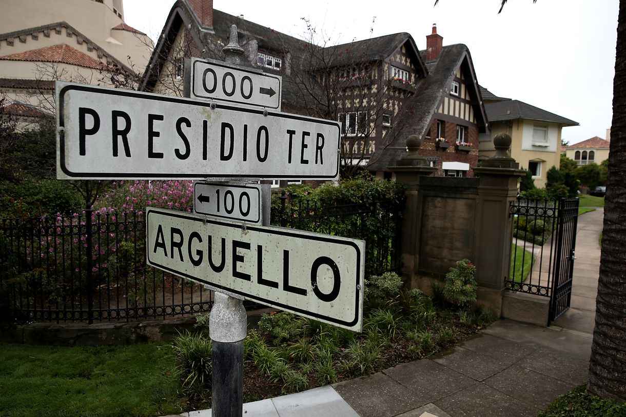 The street signs of Presidio Terrace and Arguello