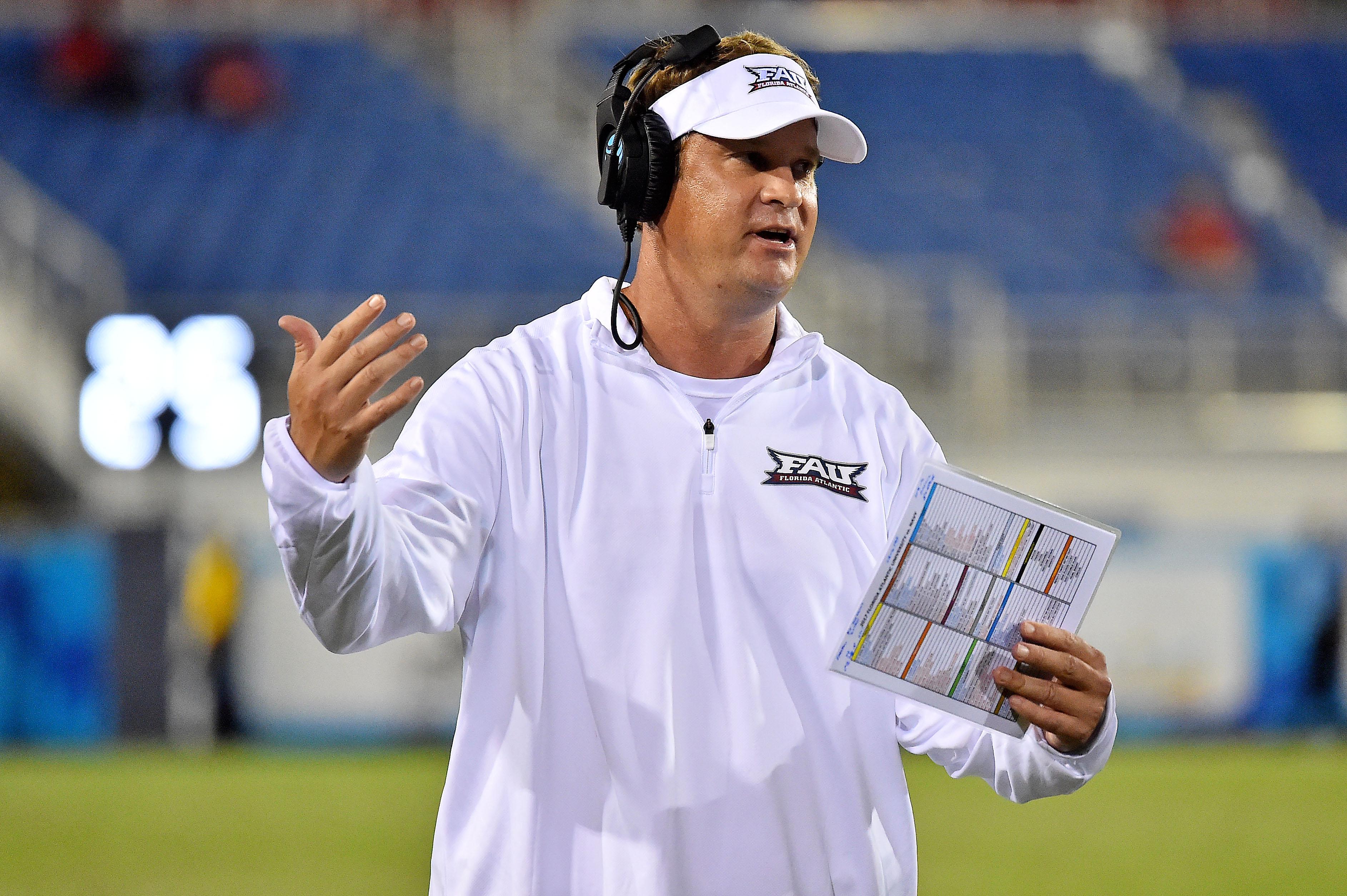 NCAA Football: Navy at Florida Atlantic