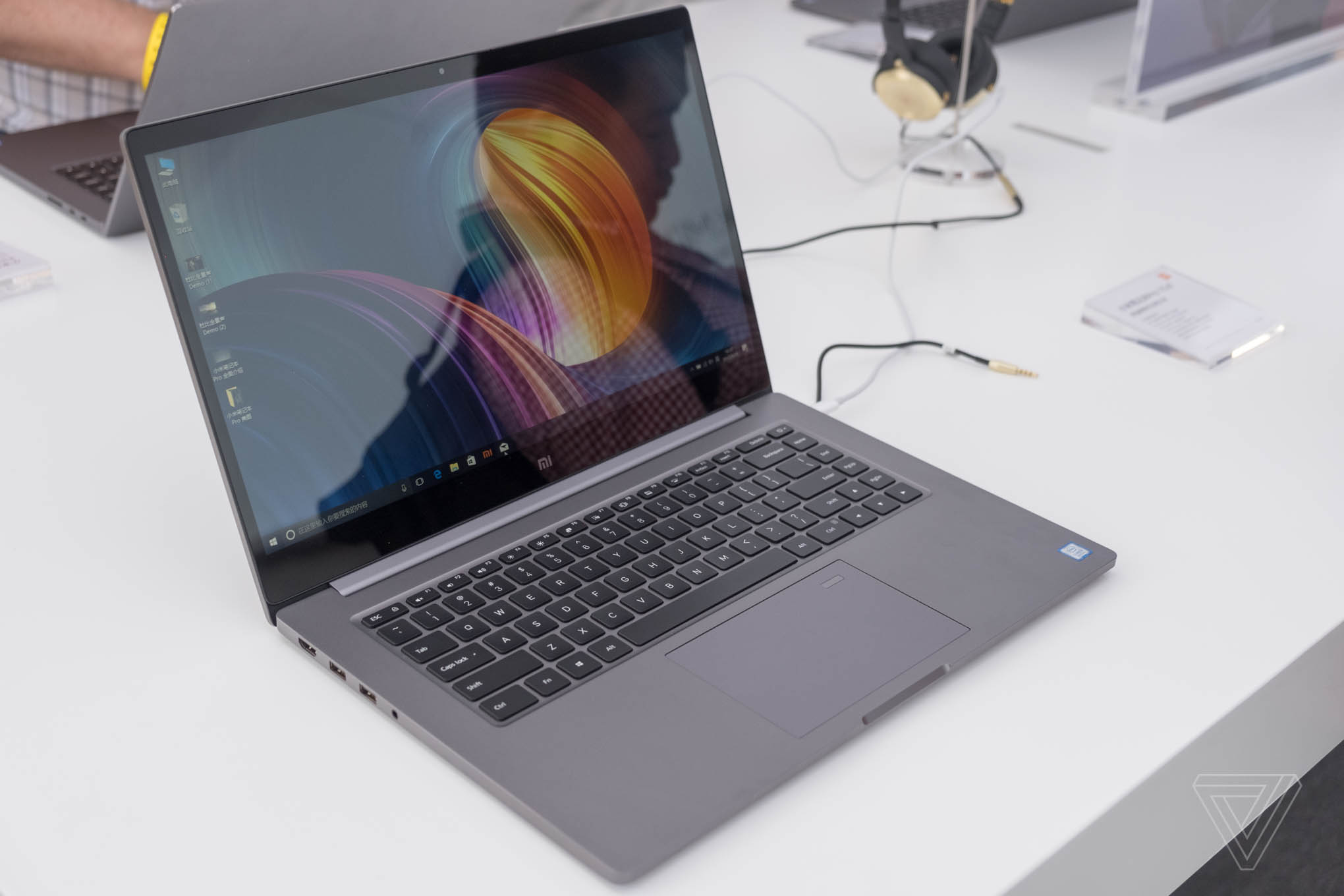 Xiaomi s Mi Notebook Pro has a lot going for it but one unfortunate flaw The Verge