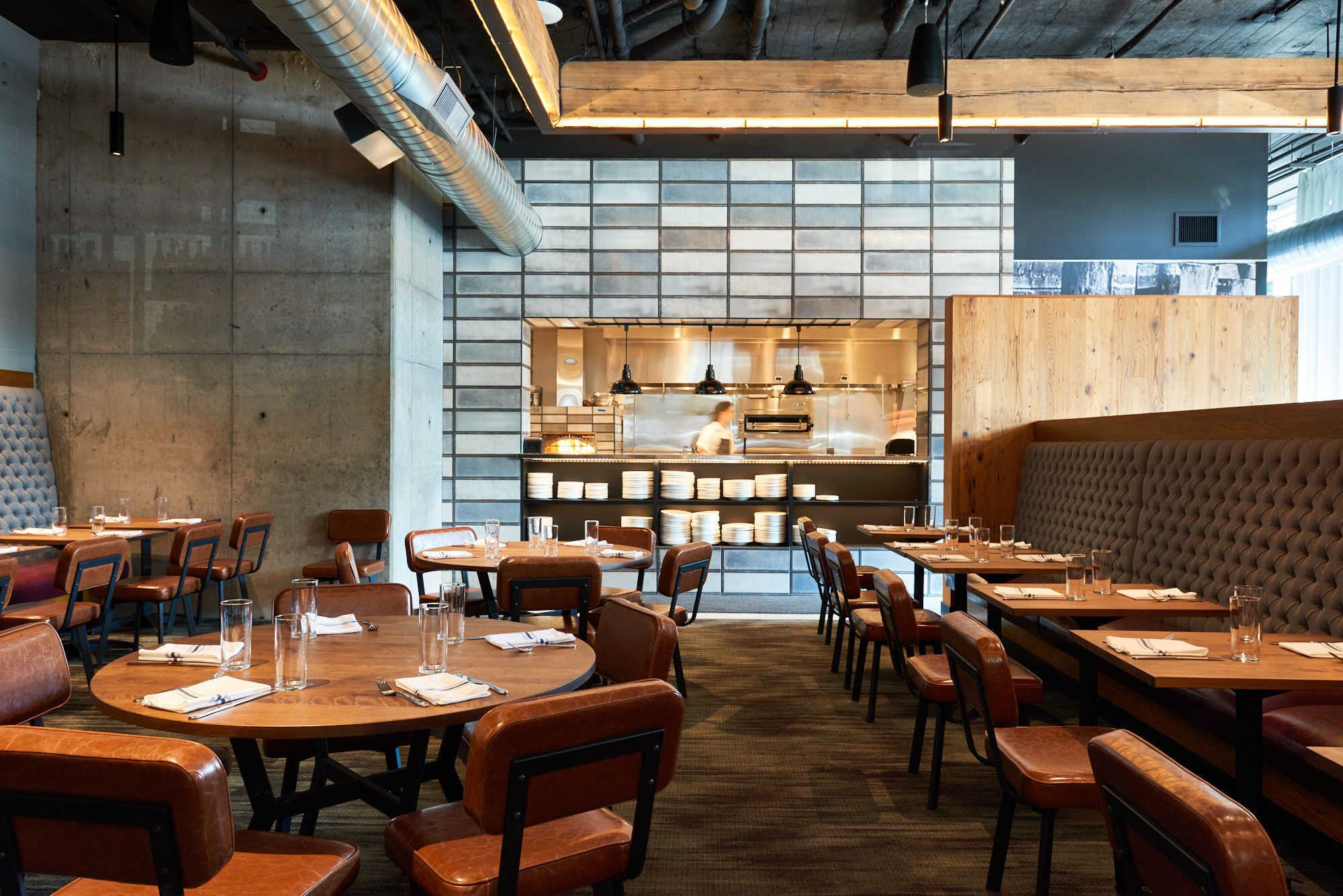 Tour David Machado S New Pearl District Restaurant Tanner Creek Tavern