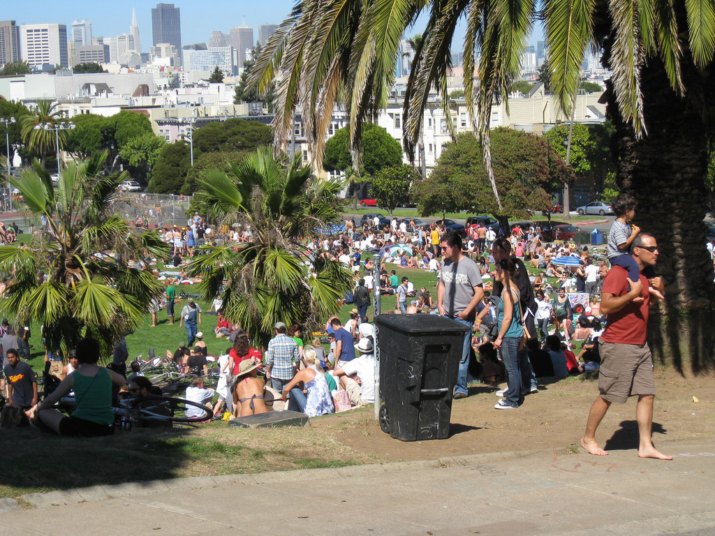 Dolores Park filled with people.