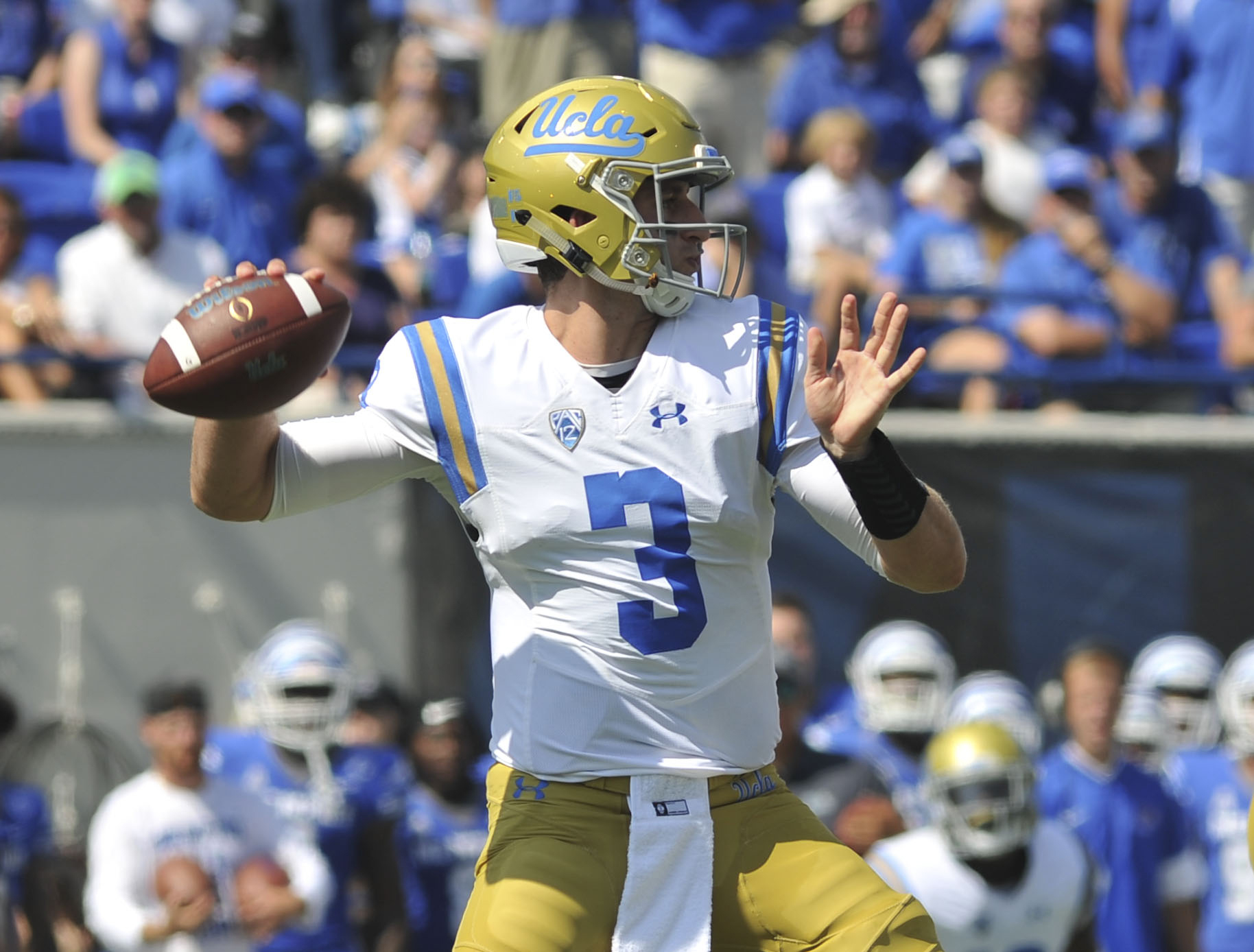 """Does UCLA need """"absolute perfection"""" from Josh Rosen to overcome its defense woes?"""