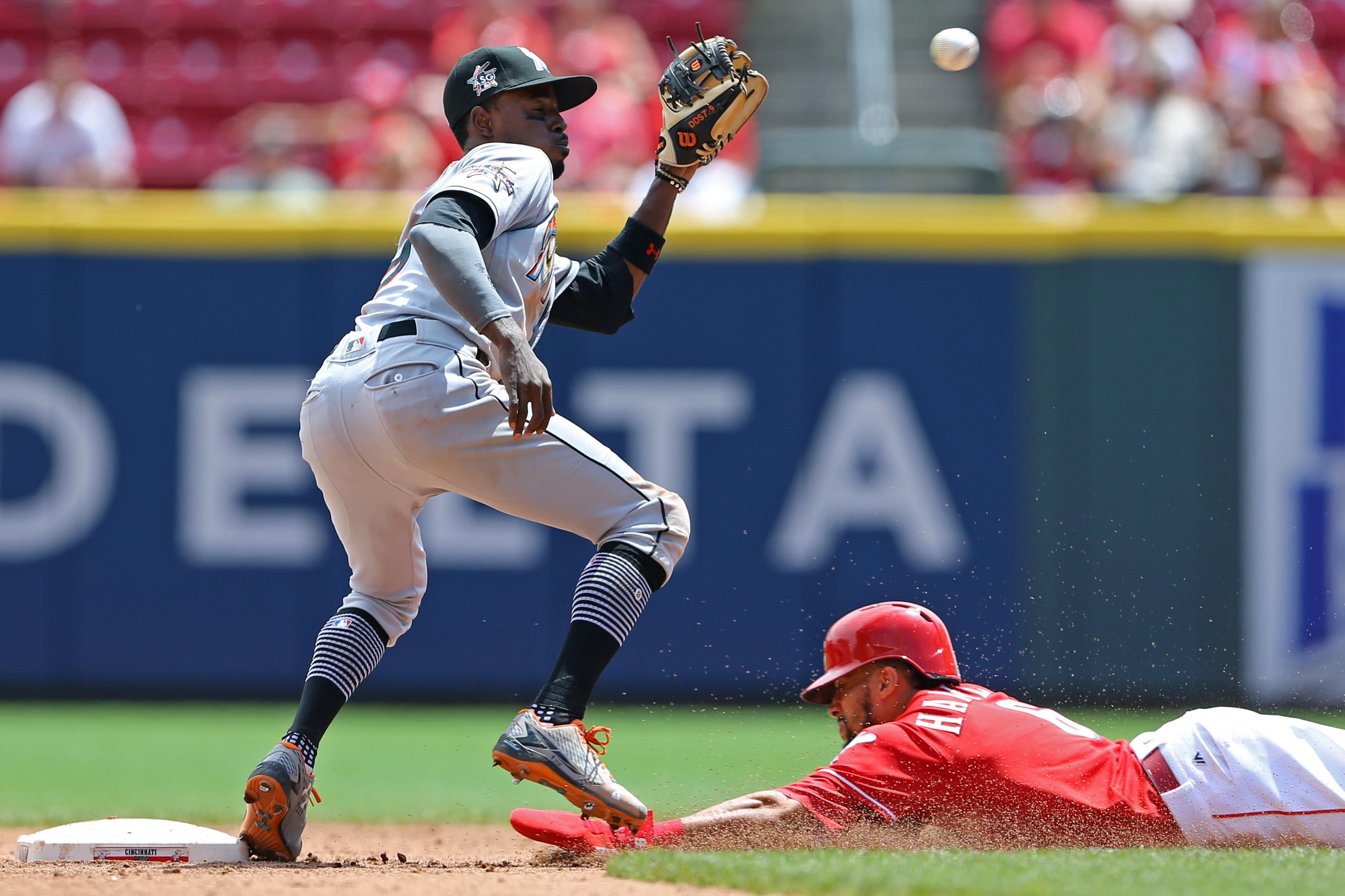 Billy Hamilton, Dee Gordon vying for MLB stolen base crown