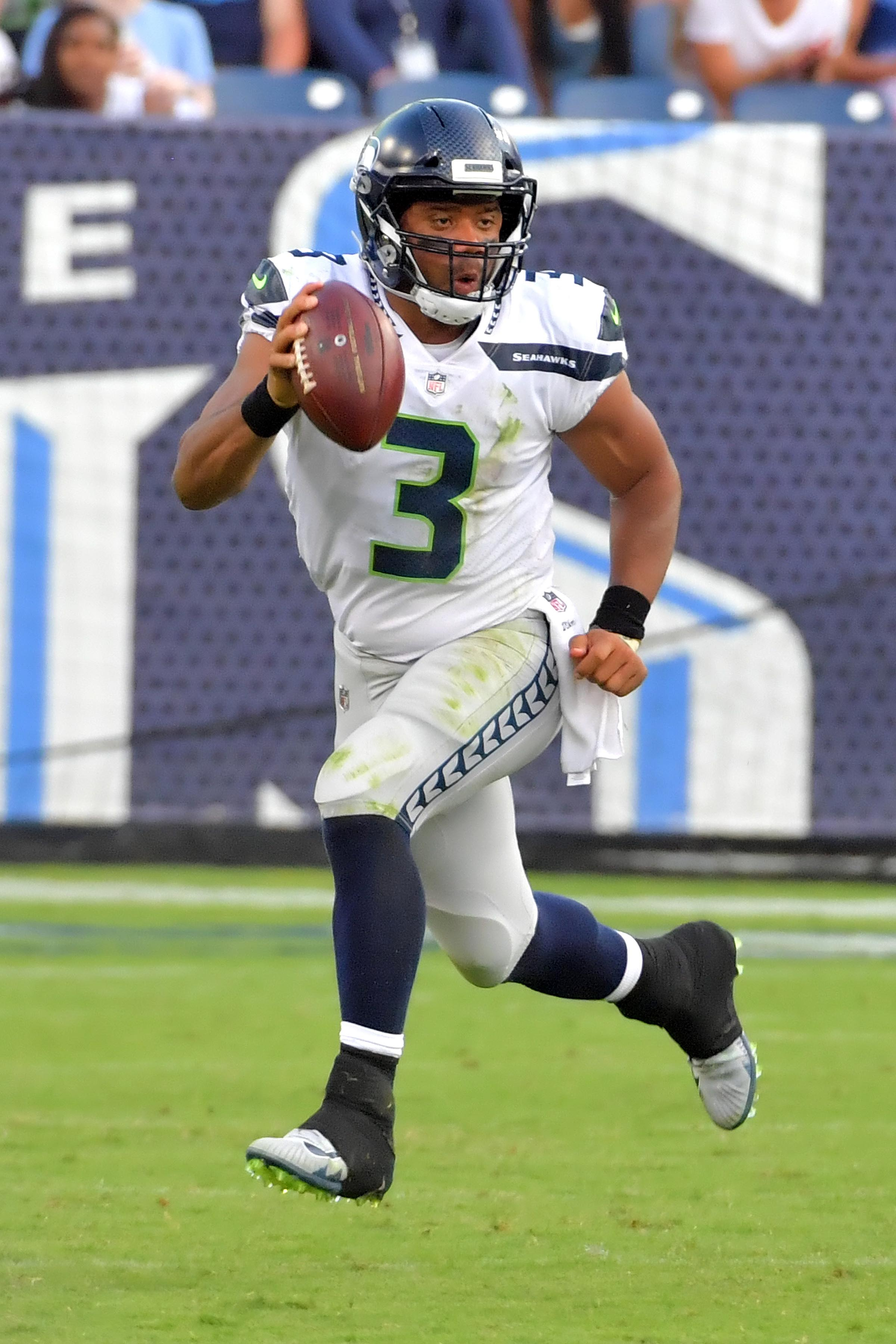 Colts vs. Seahawks odds 2017: Seattle a double-digit betting favorite for Sunday night
