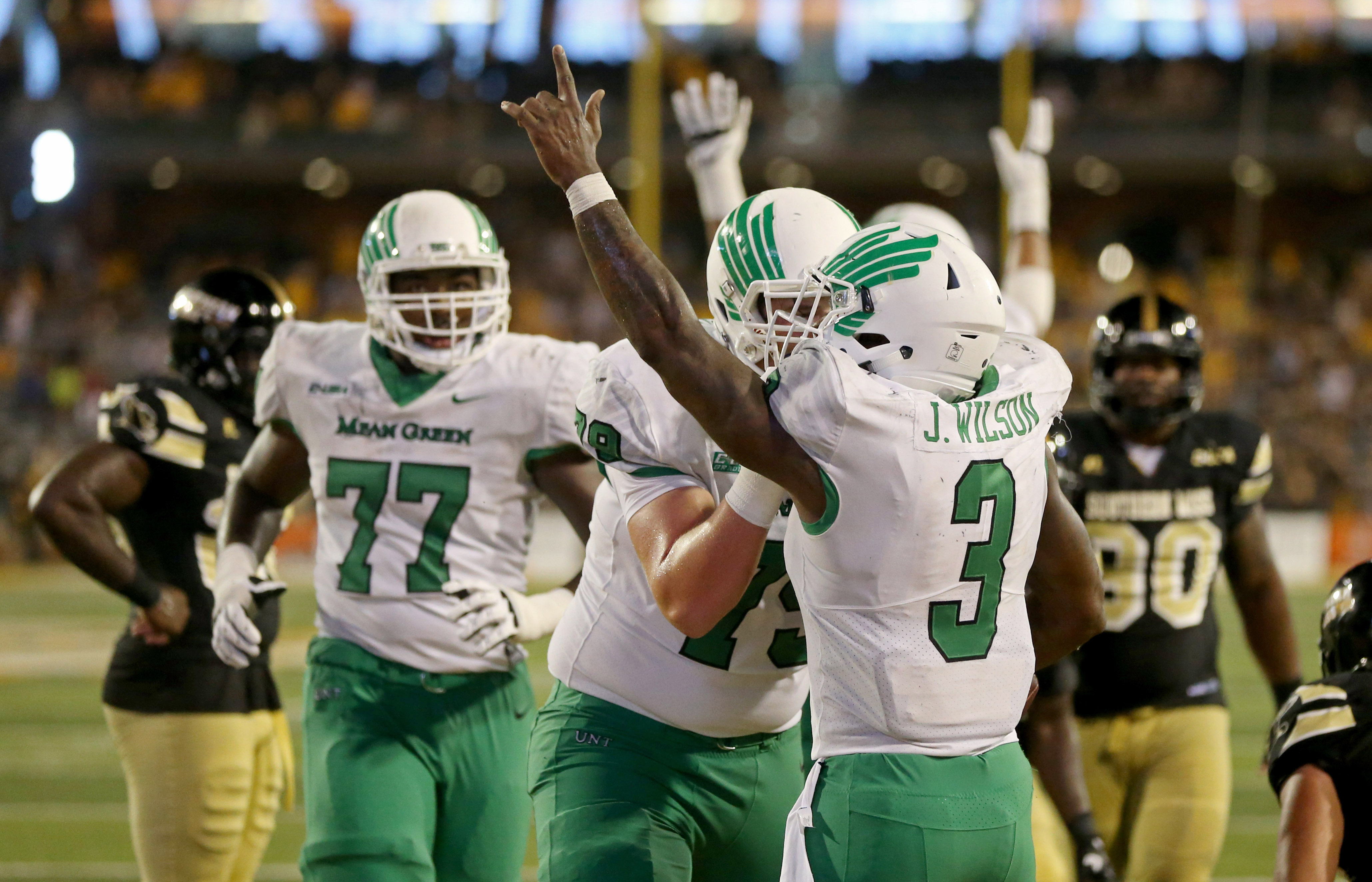 North Texas grinds it out tops Southern Miss 43 28